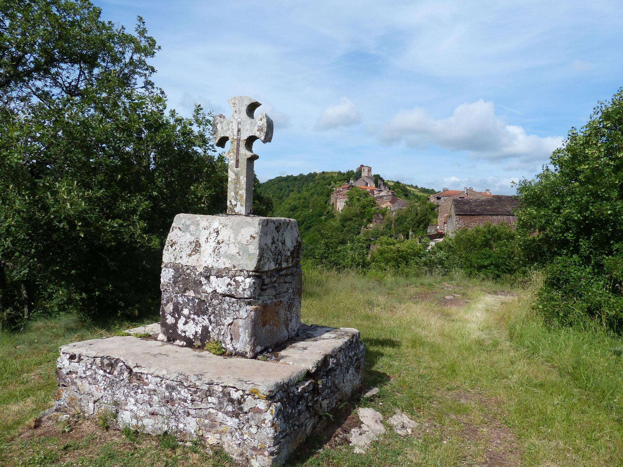 La croix Vabraise à Combret