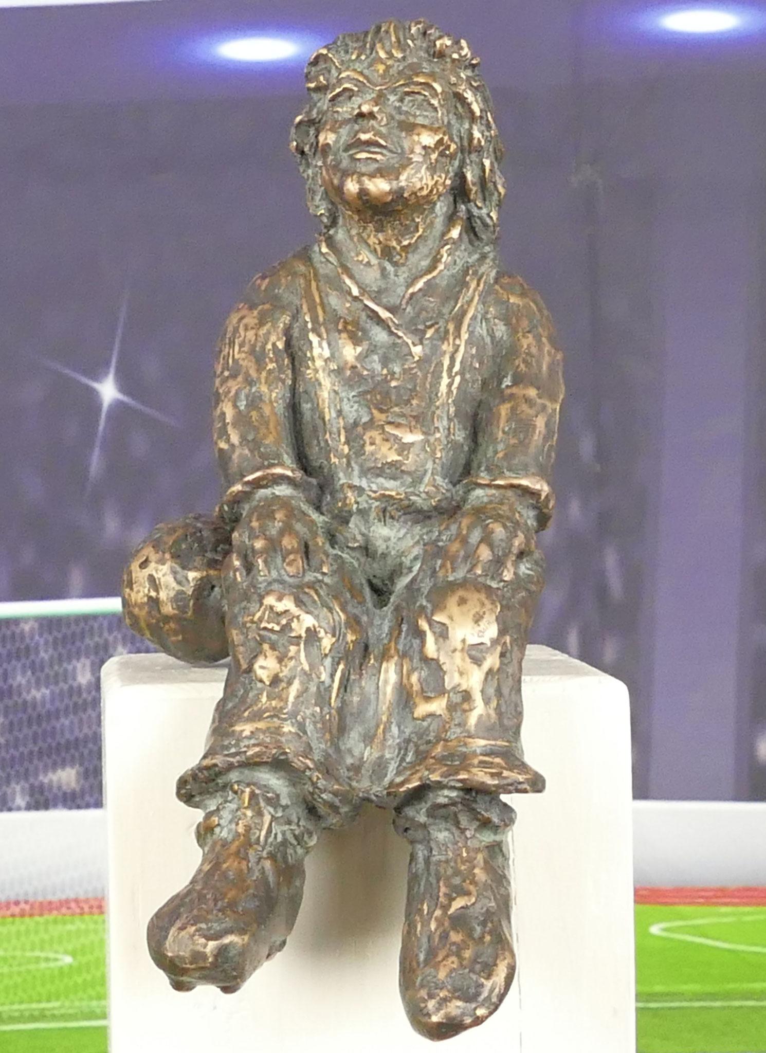 """"""" Joschi"""" , der Flankengeber,  aus feiner Bronze, Auflage: 12 Exemplare"""