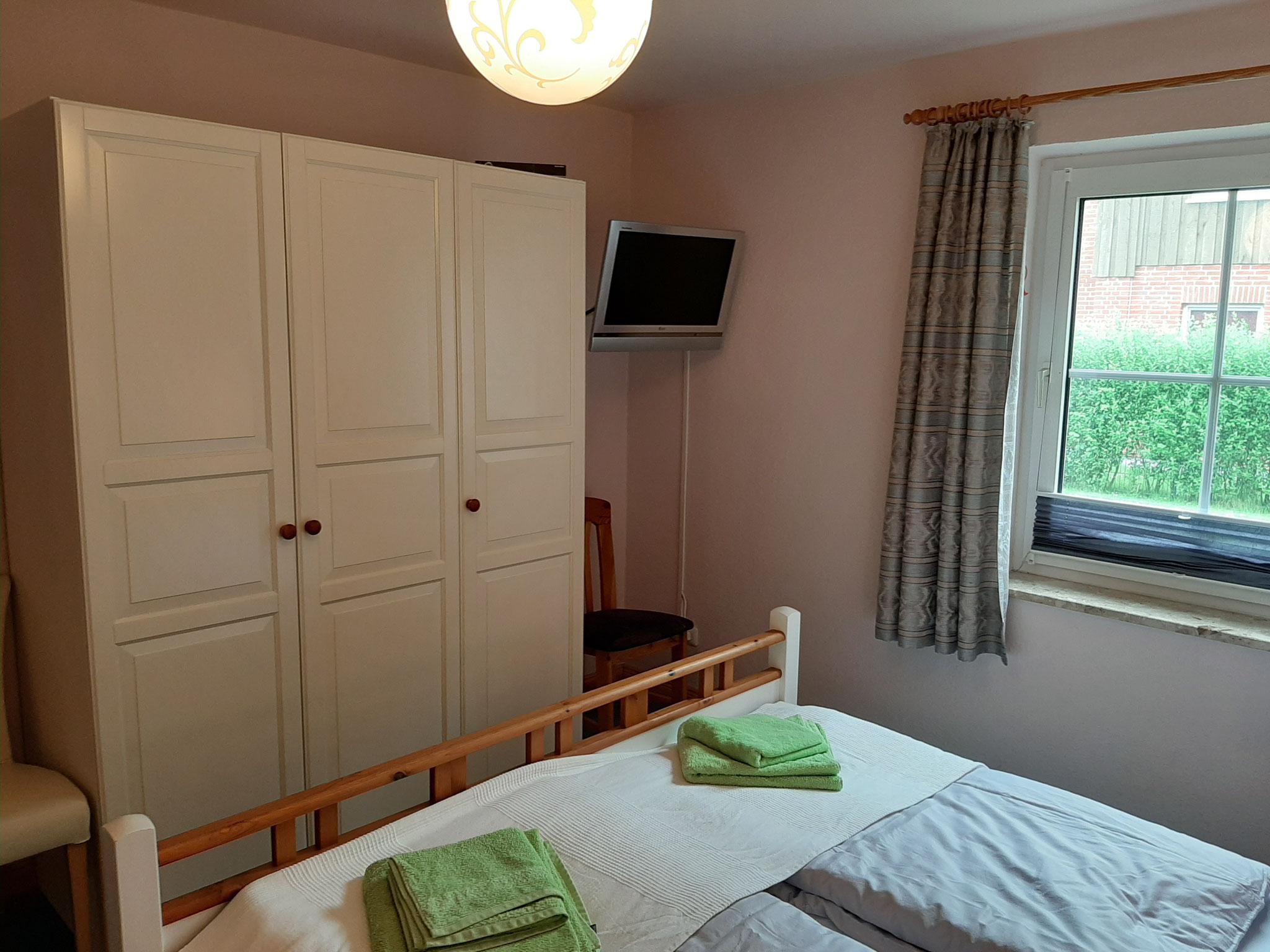 Elternzimmer mit optional Bettwäsche