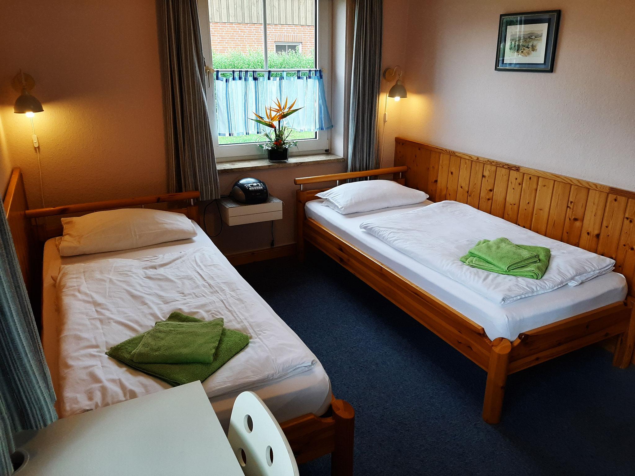 Kinderzimmer mit optional Bettwäsche