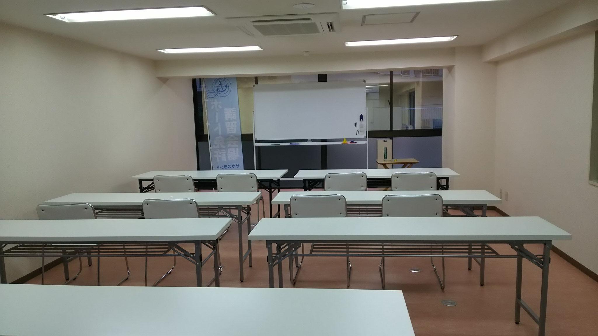 学科教室は葛西駅徒歩1分の自社教室で!