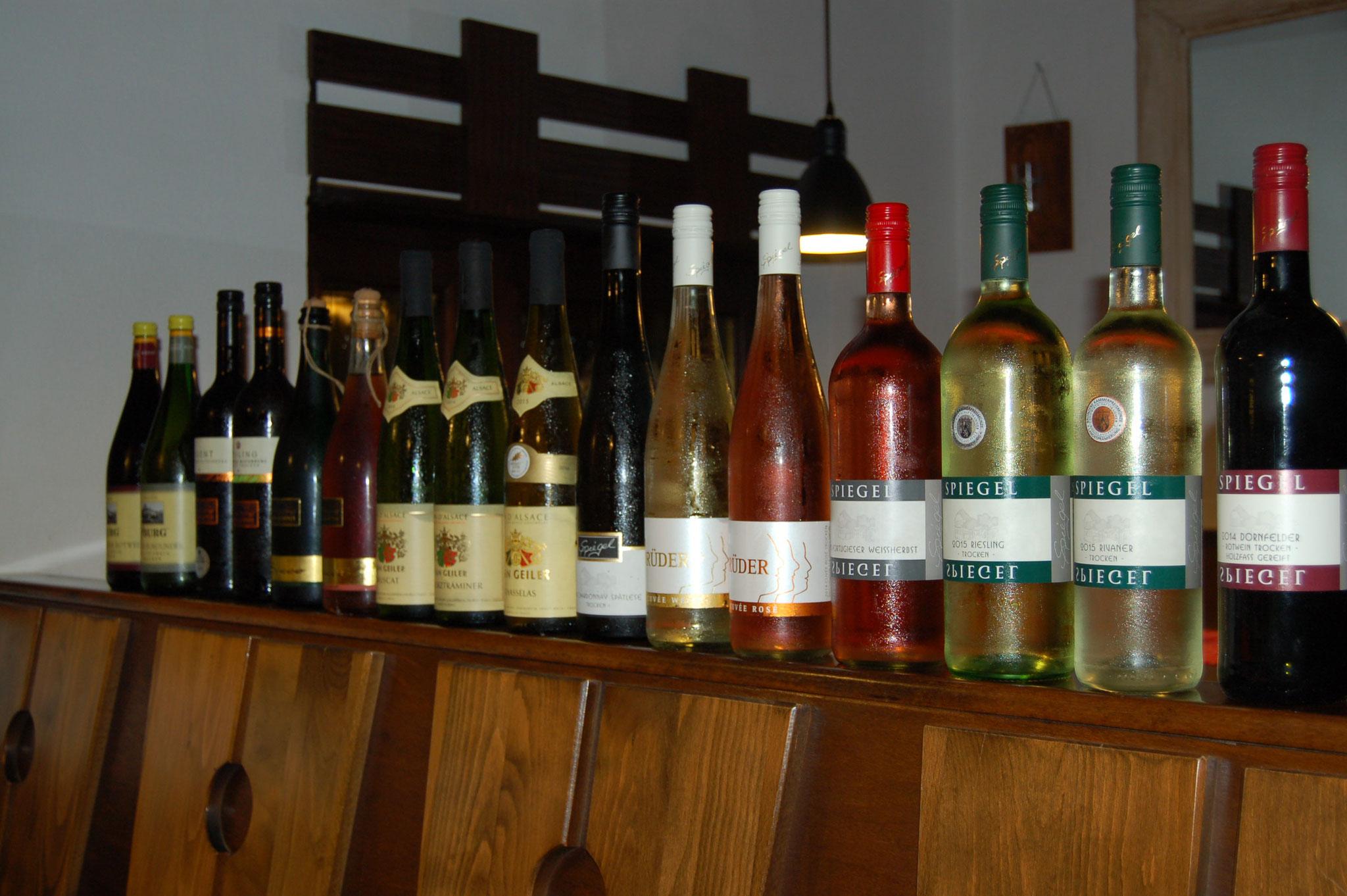 Wir haben über 20 verschiedenen Weine im Angebot