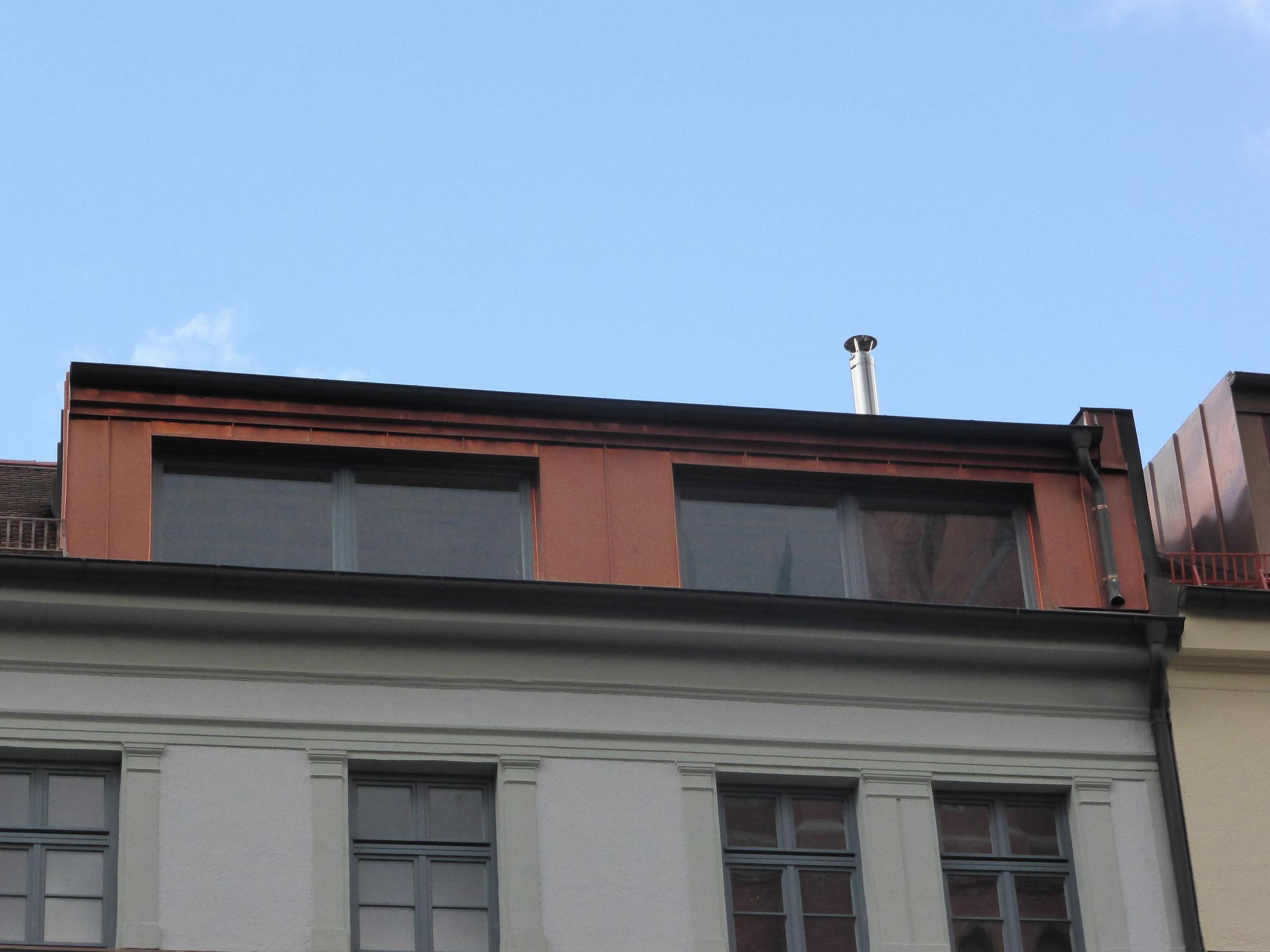 Dachgaubenfront aus Kupfer bei einer Altbausanierung erneuert