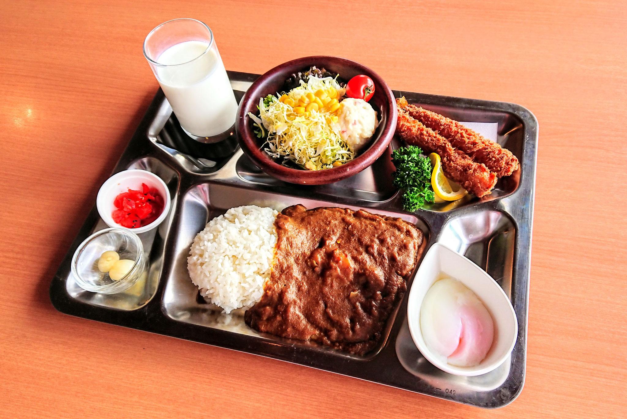 「護衛艦おおよど」認定 大湊海自カレー ¥1,200 粗くすりおろした香味野菜の香りと独特な舌触りが楽しめる大人のビーフカレーです