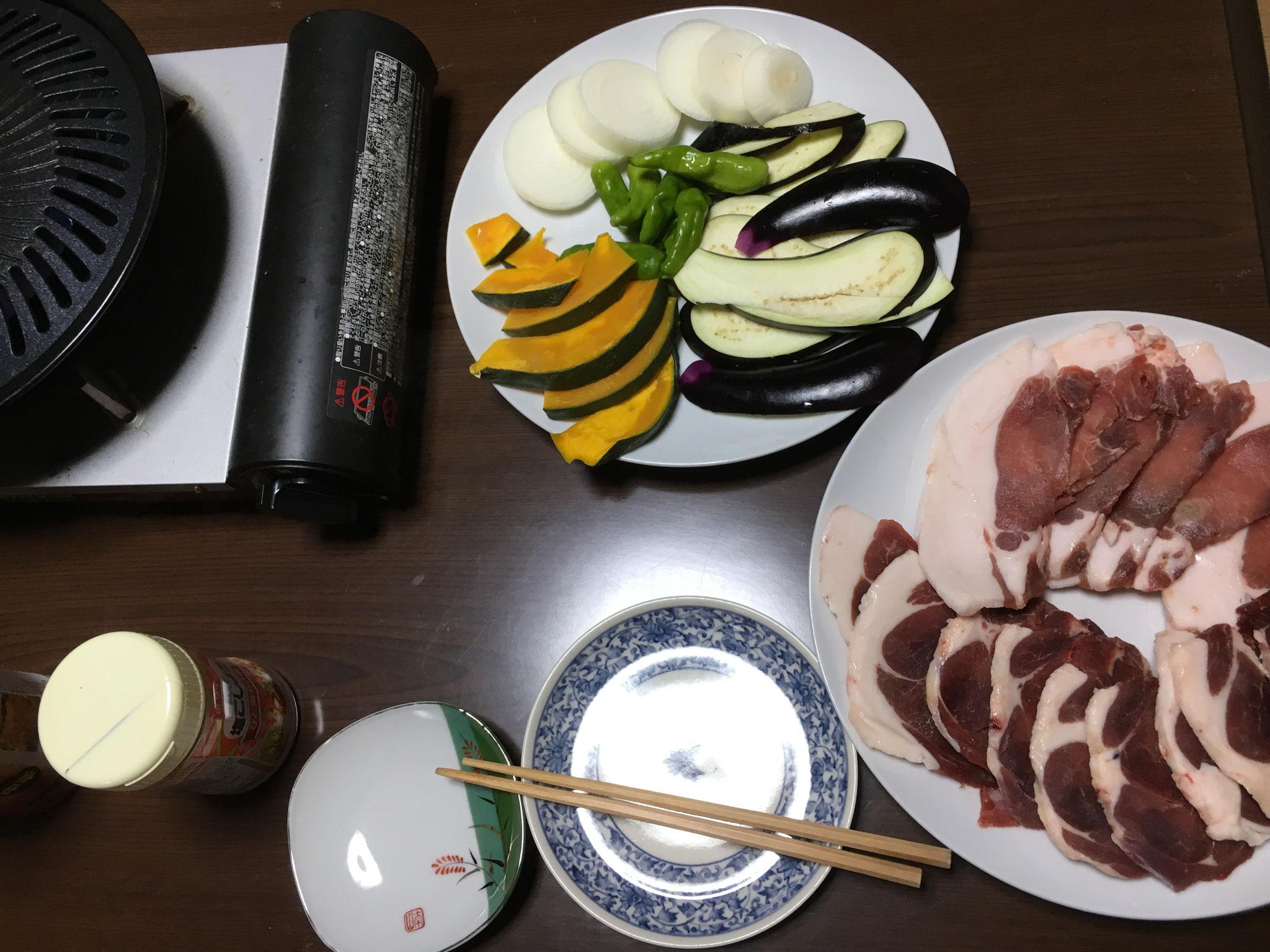 イノシシで焼き肉