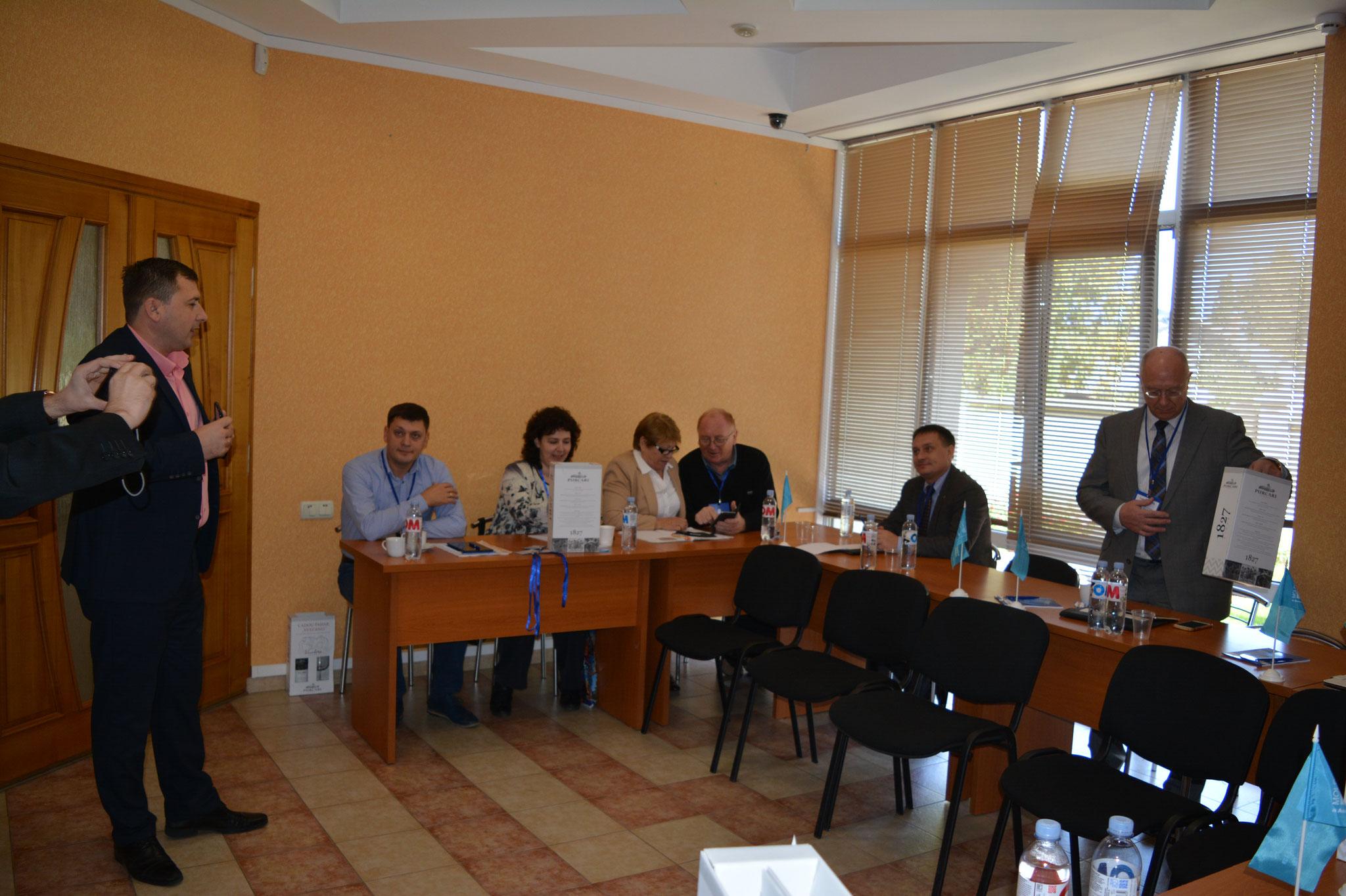 В офисе Центральной Ассоциации и АО Корпорации по финансирование села, Кишинёв
