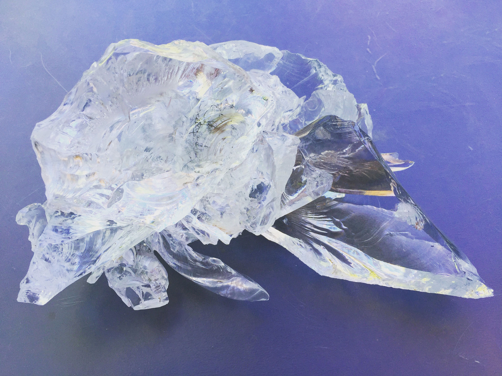 very small inclusions, Objekt aus Glassplitter, 2016, Damaris Rohner
