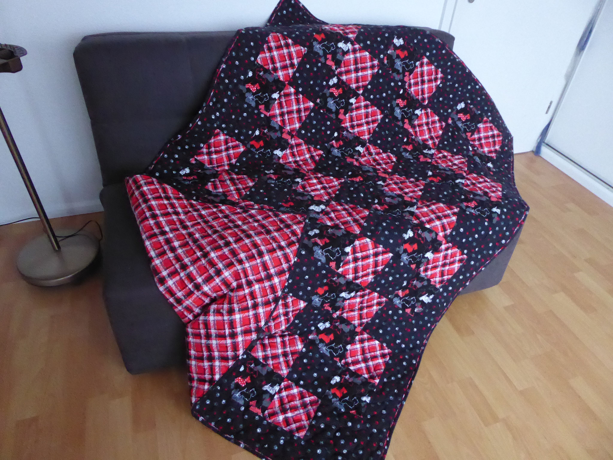 Kuscheldecke Scotty 2018