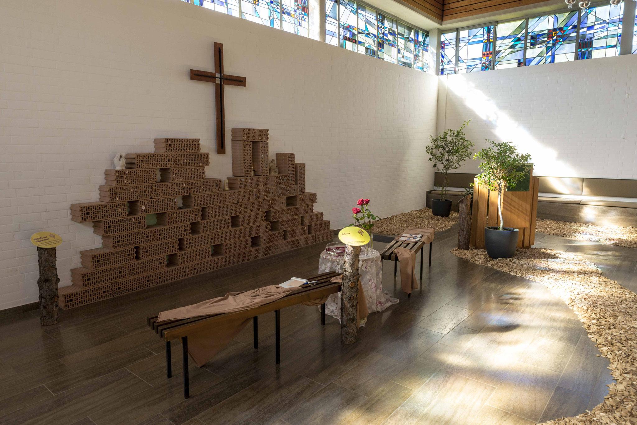 Der Altar mit der Klagemauer