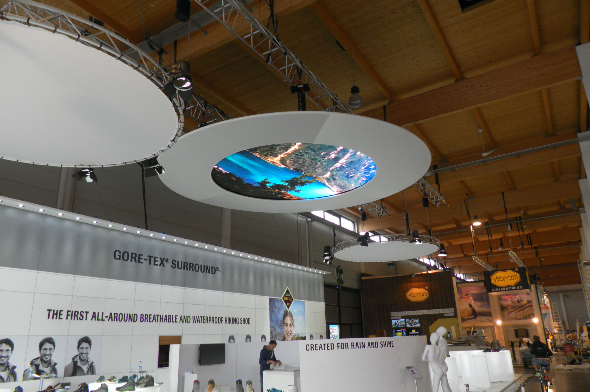 Friedrichshafen Fair - Outdoor - LED Ceiling