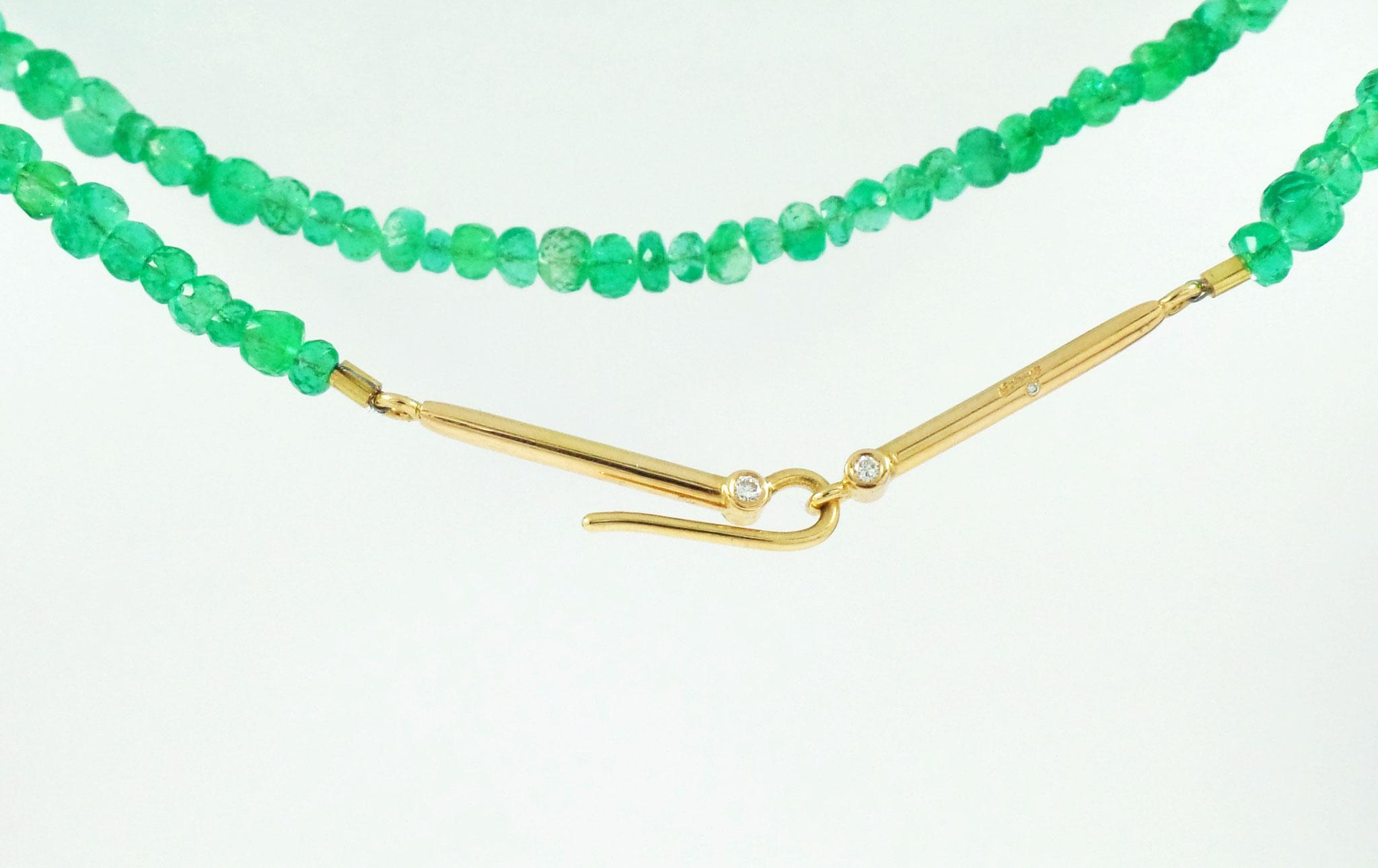 Smaragdkette mit 750/- Gelbgoldverschluss