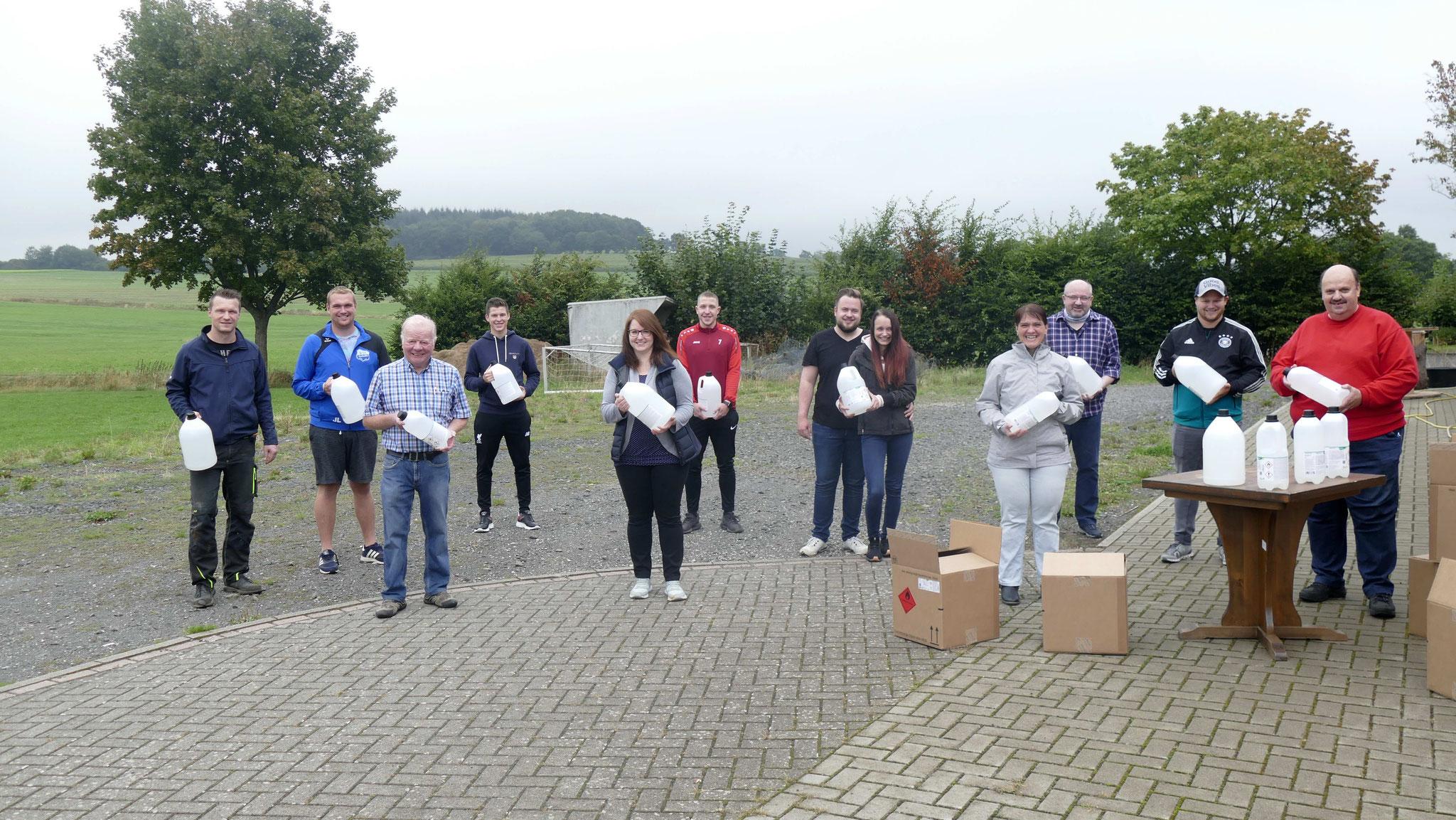 Übergabe des kostenlosen Desinfektionsmittel für unsere Sportvereine im Vogelsbergkreis