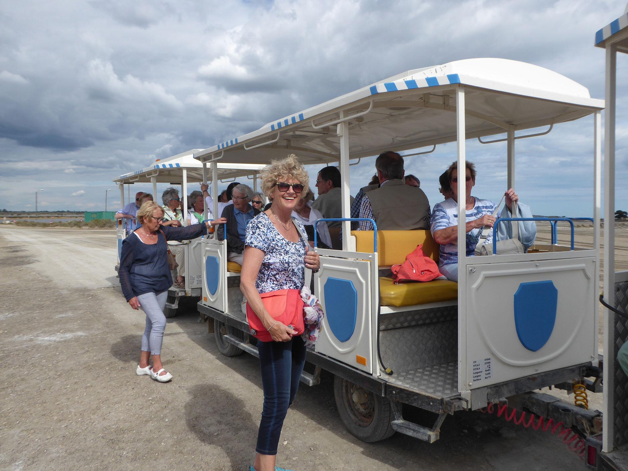 Mit dem Züglein durch die Salzgärten von Aigues Mortes