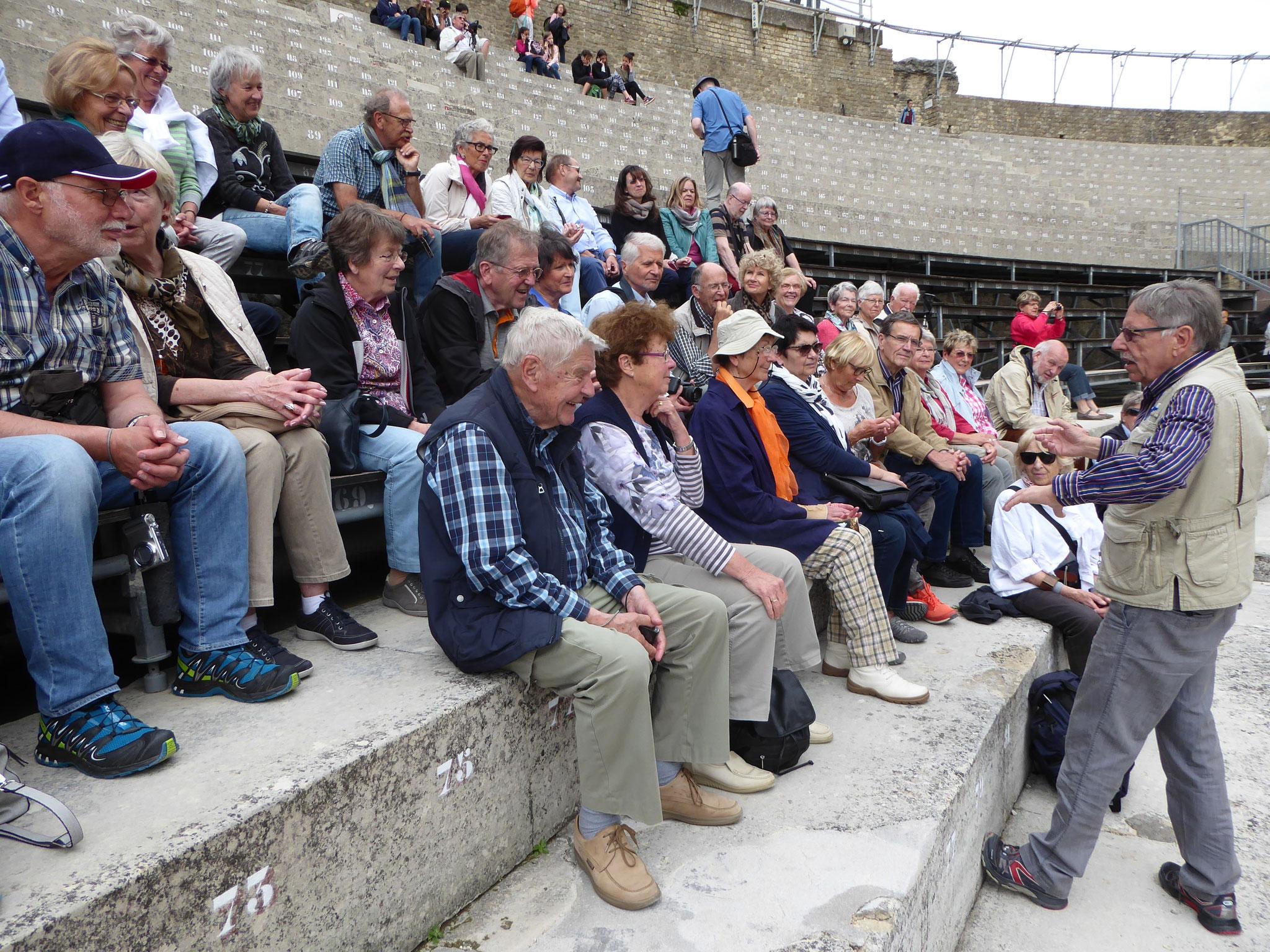Im antiken Theater von Orange