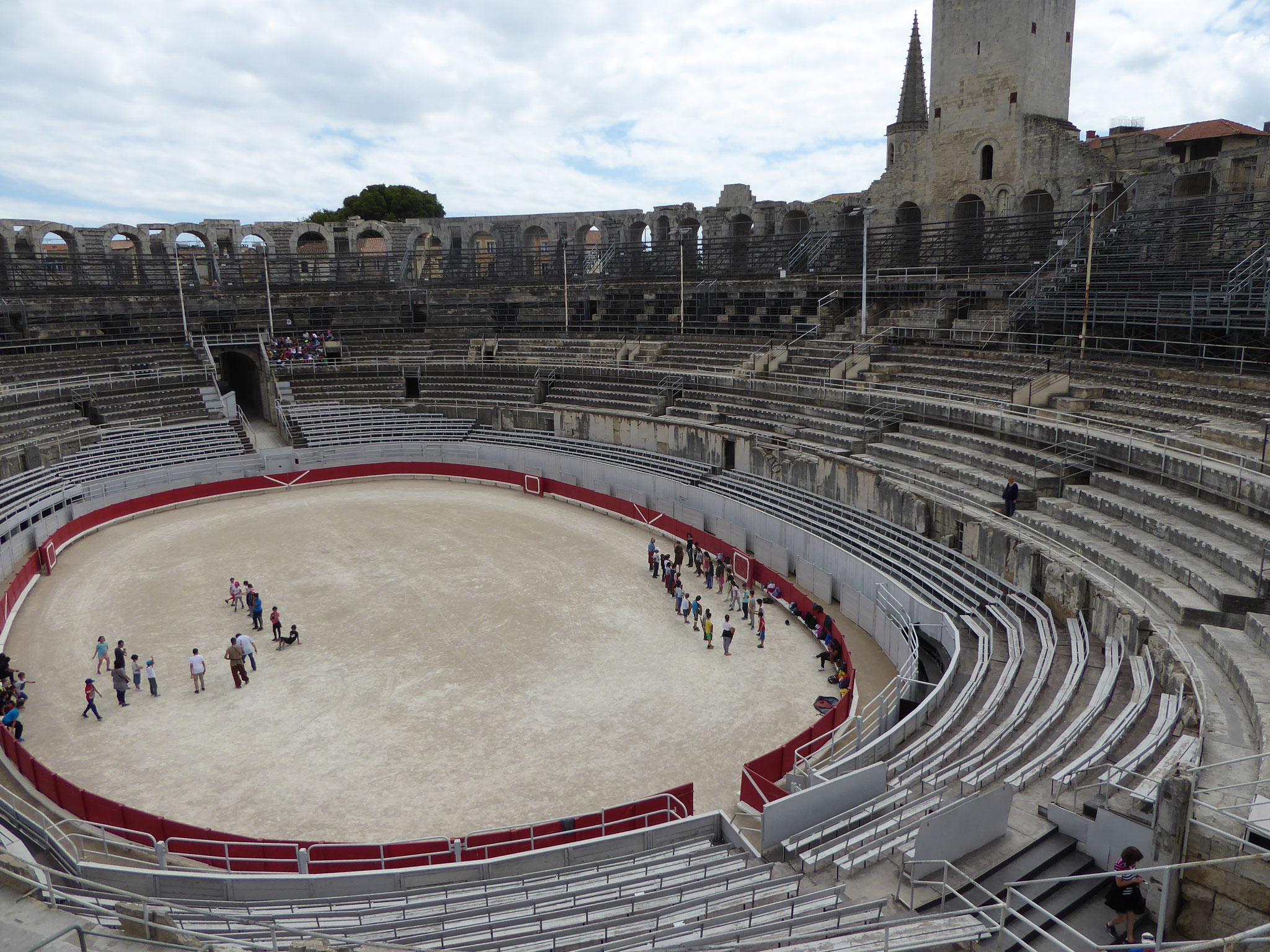 Im Amphitheater von Arles