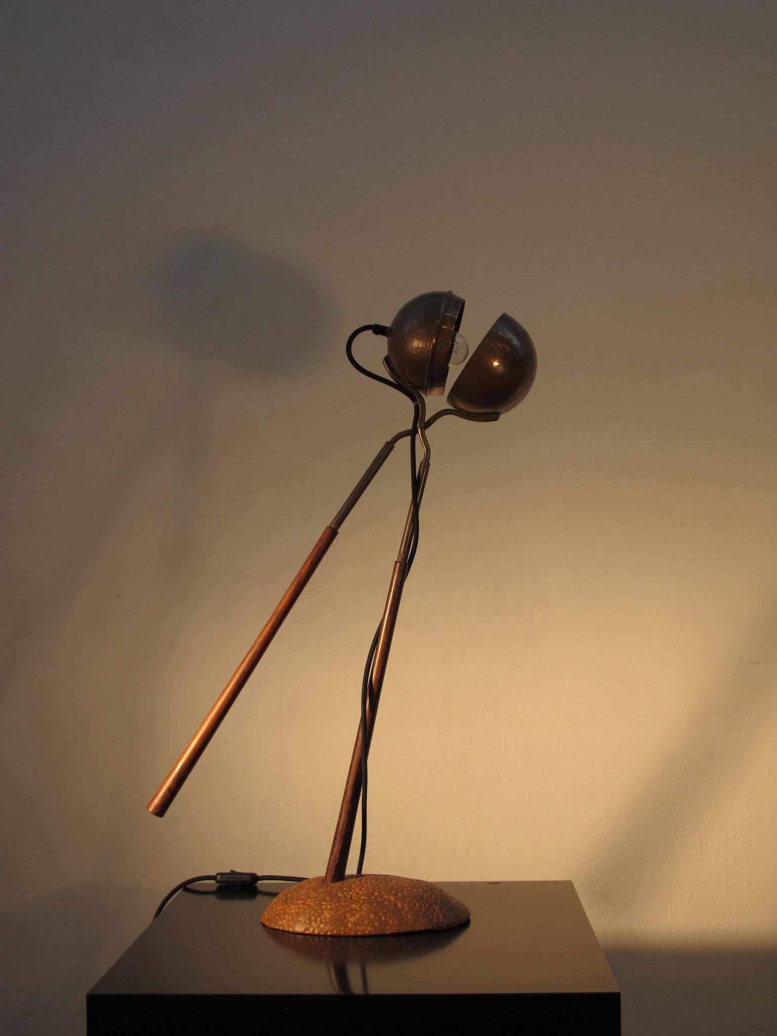 Lichtzange, Lichtobjekt, Kraftobjekte Wolfgang Wallner Hall in Tirol