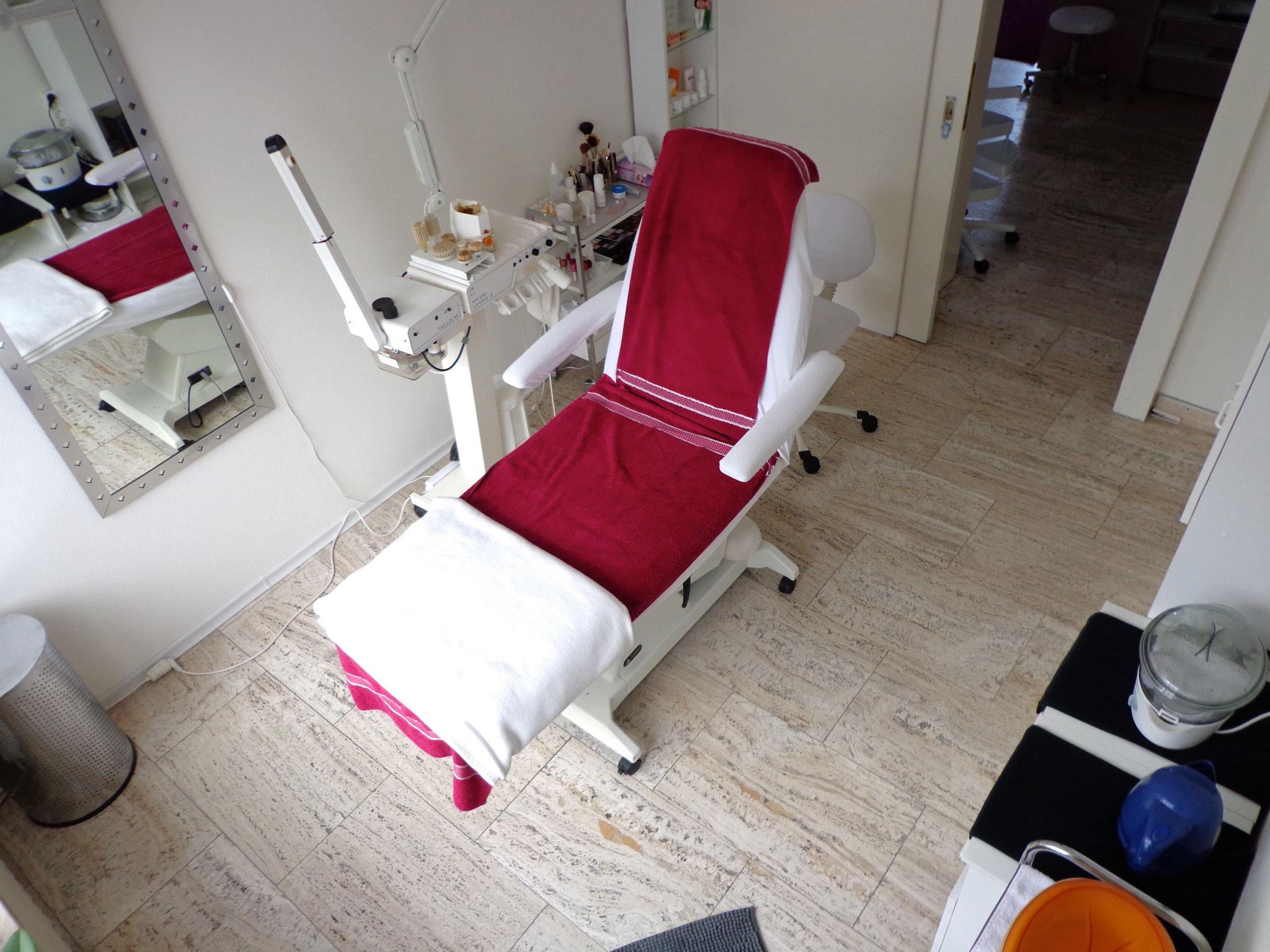 Behandlungsraum 1 Kosmetik Stüberl Barche