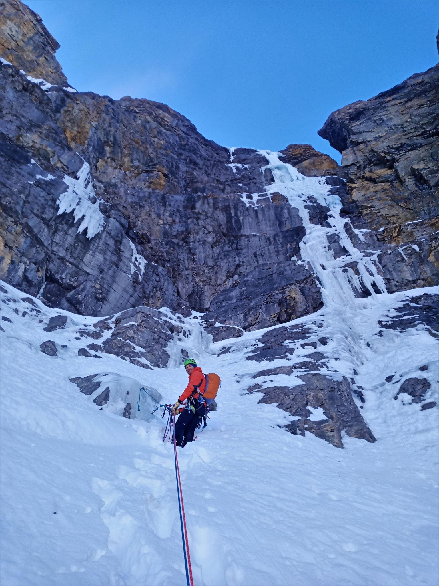 Le ressaut final!  -  Cascade guide Maurienne