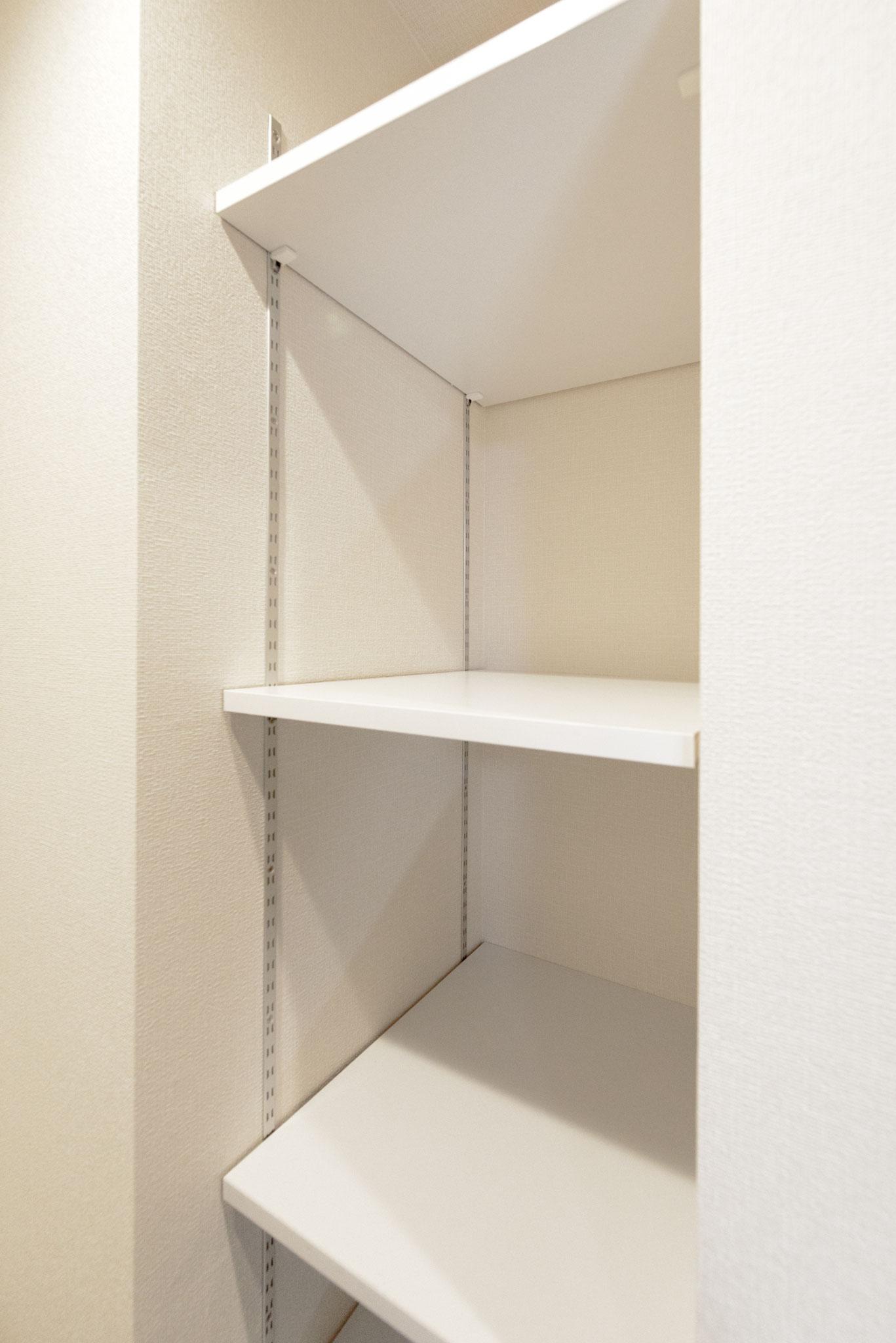 可動式棚(一部のお部屋に設置しています)