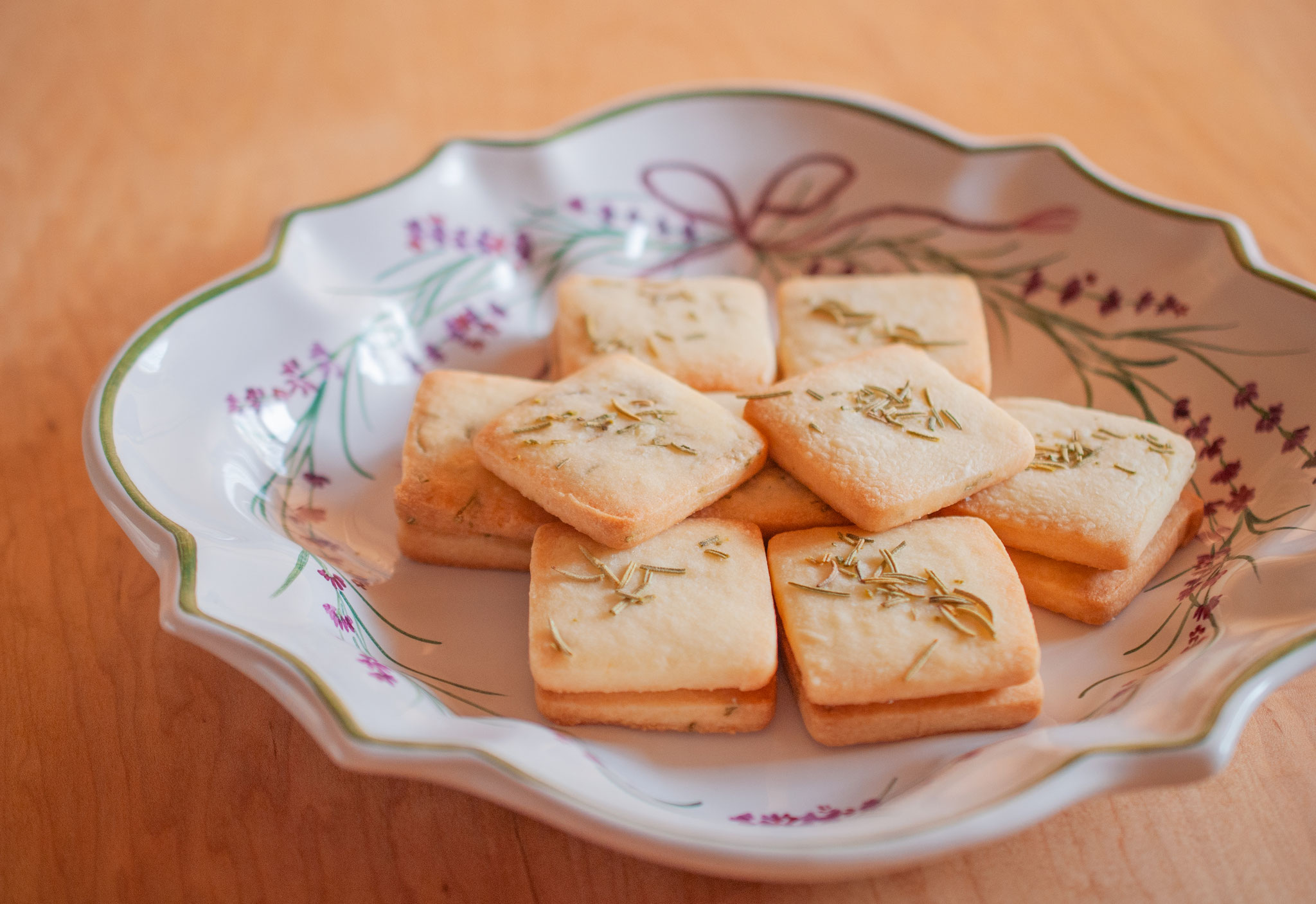 a new recipe for Rosemary cookies, Fleur*Fleur*