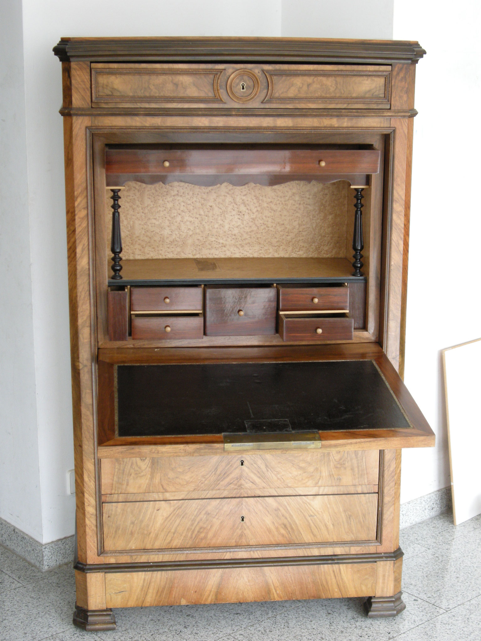 restaurierung mo woods webseite. Black Bedroom Furniture Sets. Home Design Ideas