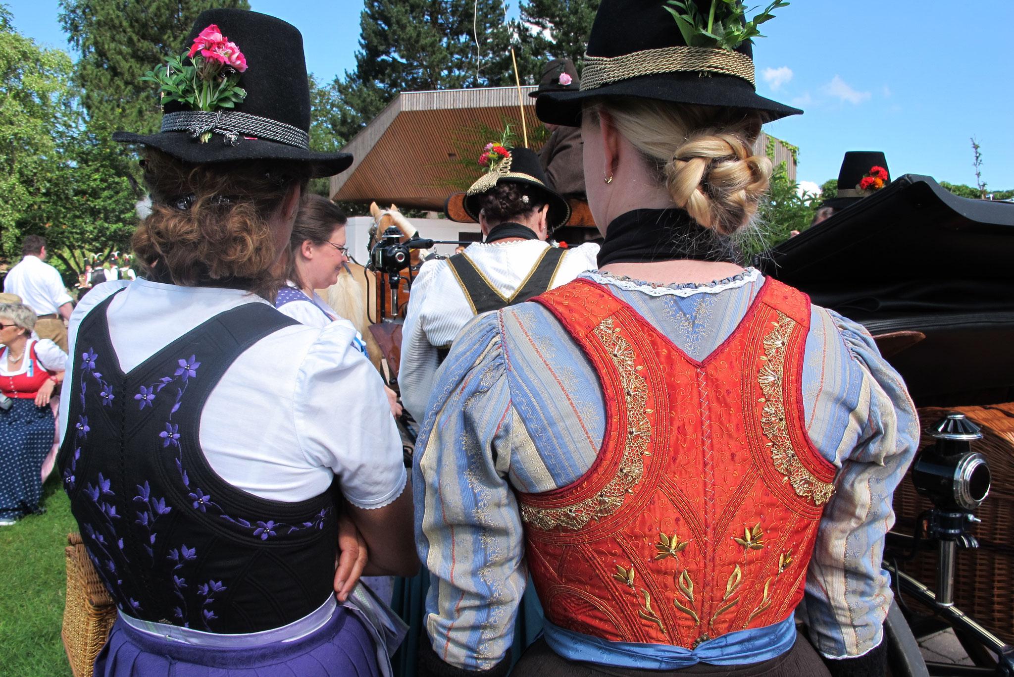 Zwei schöne Rücken können auch entzücken
