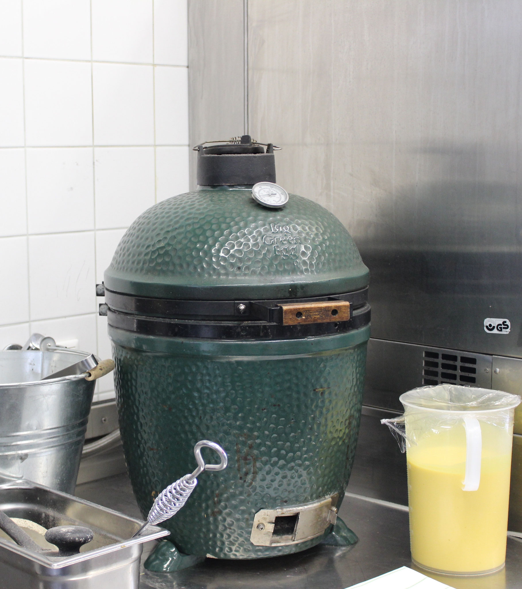 Green Egg zum Indoorgrillen