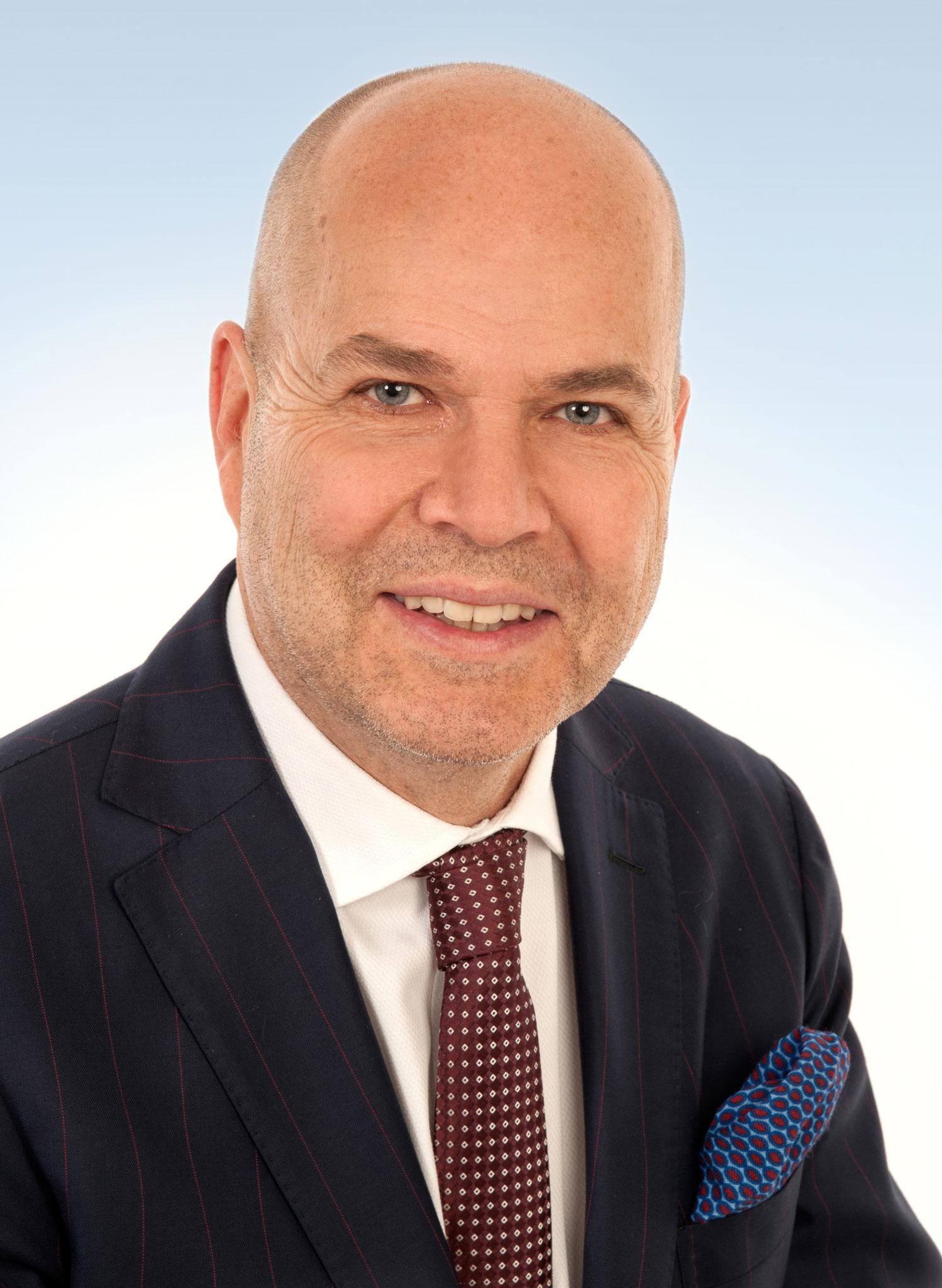 Wohnbezirk I - Bad Mergentheim Stadt: Stefan Dietz, 54 Jahre, Apotheker, verheiratet, 2 Kinder