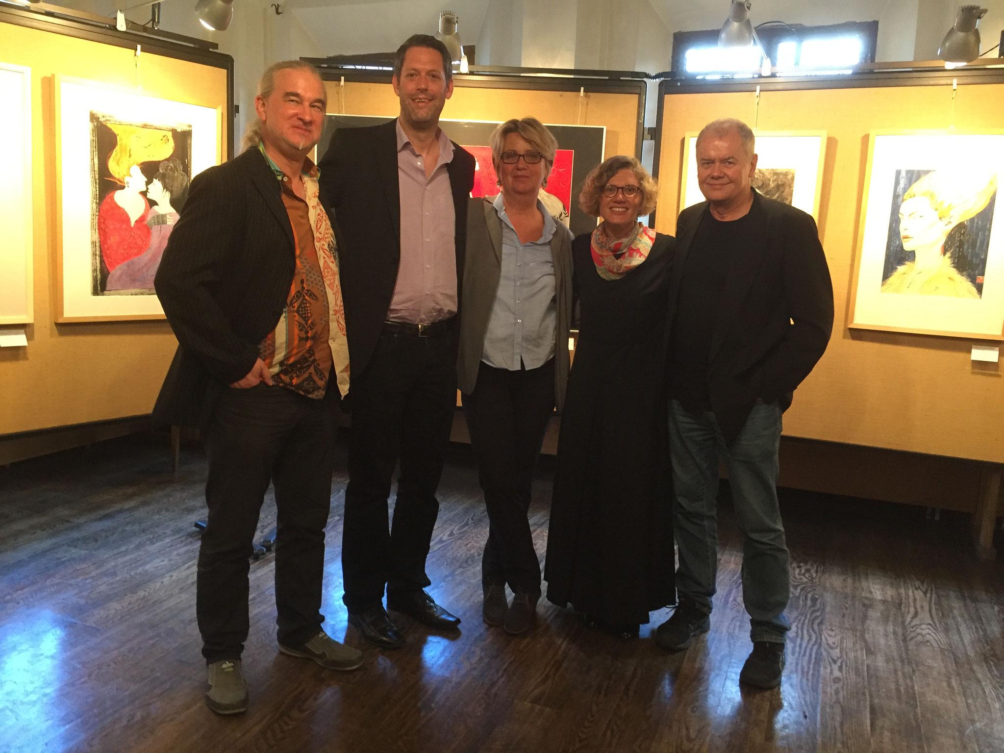 v.l.n.r.: mitwirkende Realtraum-Mitglieder: Dr. Karsten Beuchert, 2. Vorsitzender Jan-Eike Hornauer, Monika Veth, Kristina Kuzminskaite, Lothar Thiel