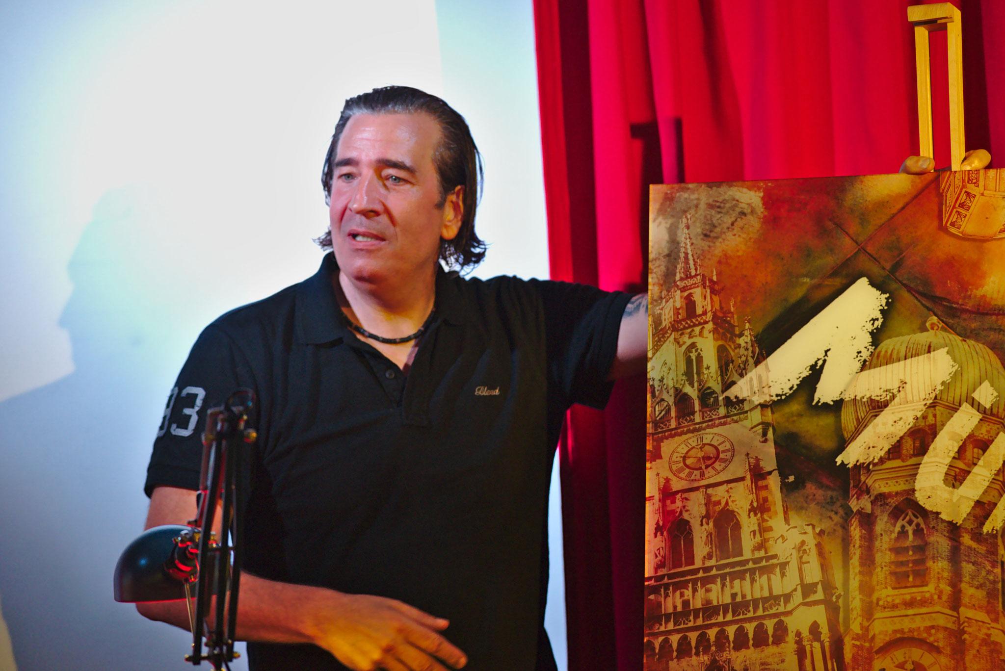 """Christoph Obermeier (Bildender Künstler, sein Bild ziert das Cover unseres Buches """"München"""")"""