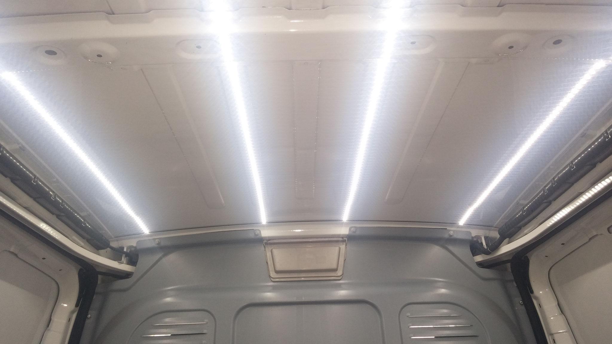 Illuminazione Strip Led Macchina a Cesena