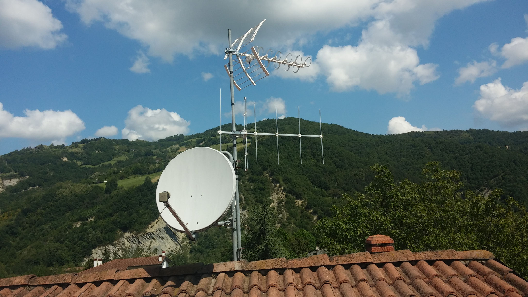 Sostituzione vecchia antenna con una nuova Digitale Terrestre a forli