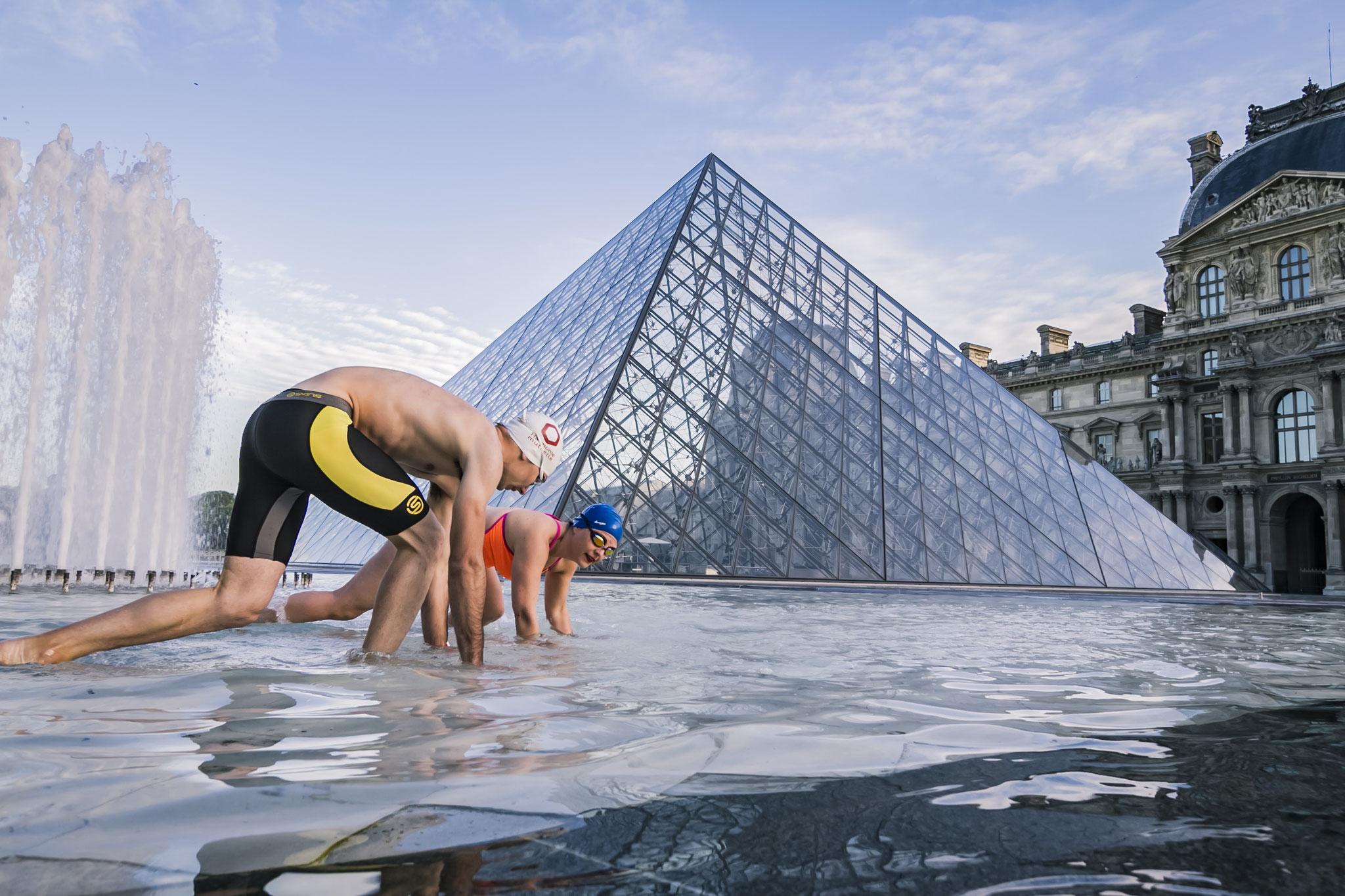 Retrouver du plaisir dans l'eau... après des heures d'entraînement à compter les carreaux au fond de la piscine. (crédit photo Blueparallax)