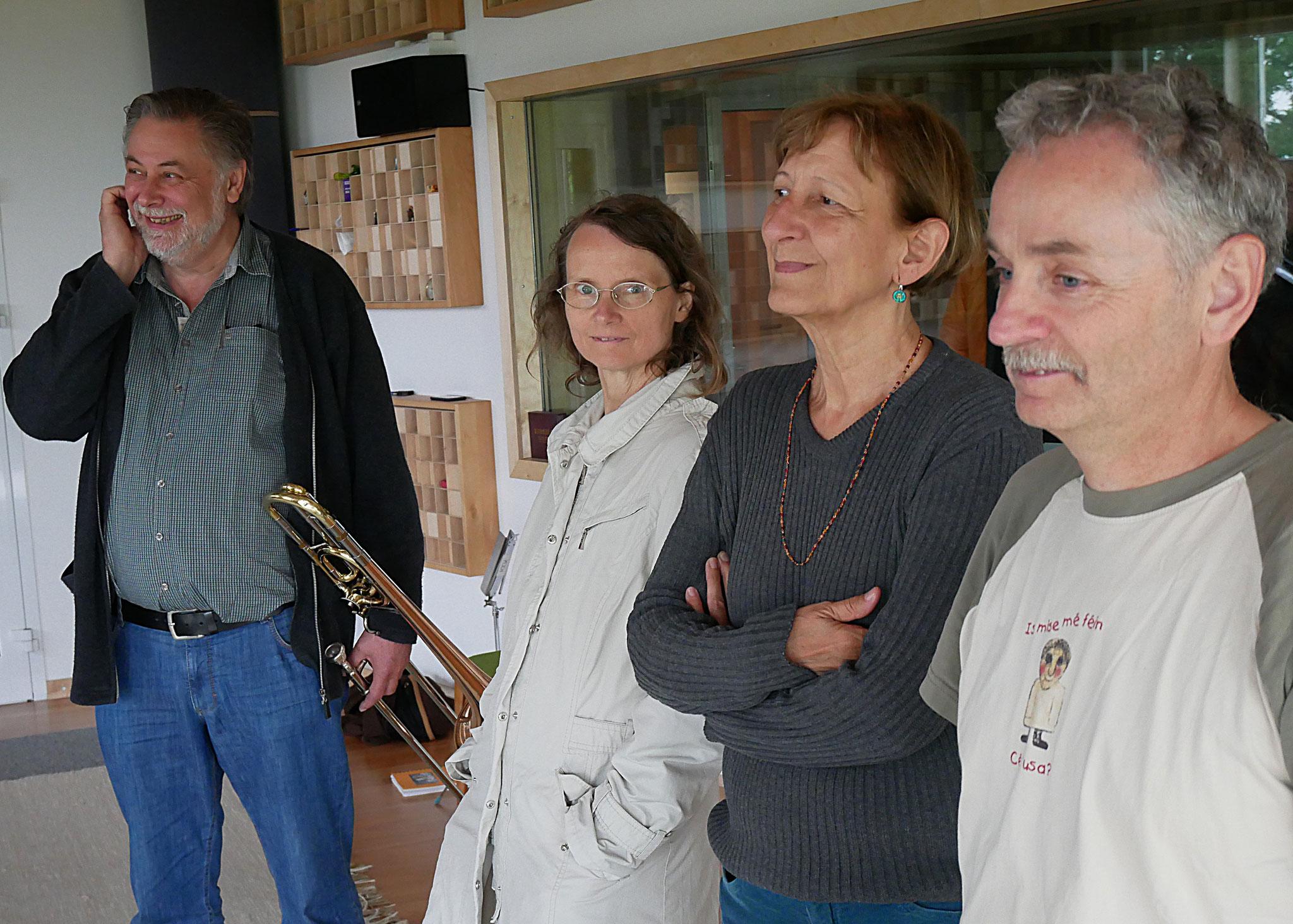 die Karawane im Studio - MitSing - Konzert Foto: Oliver Schirmer
