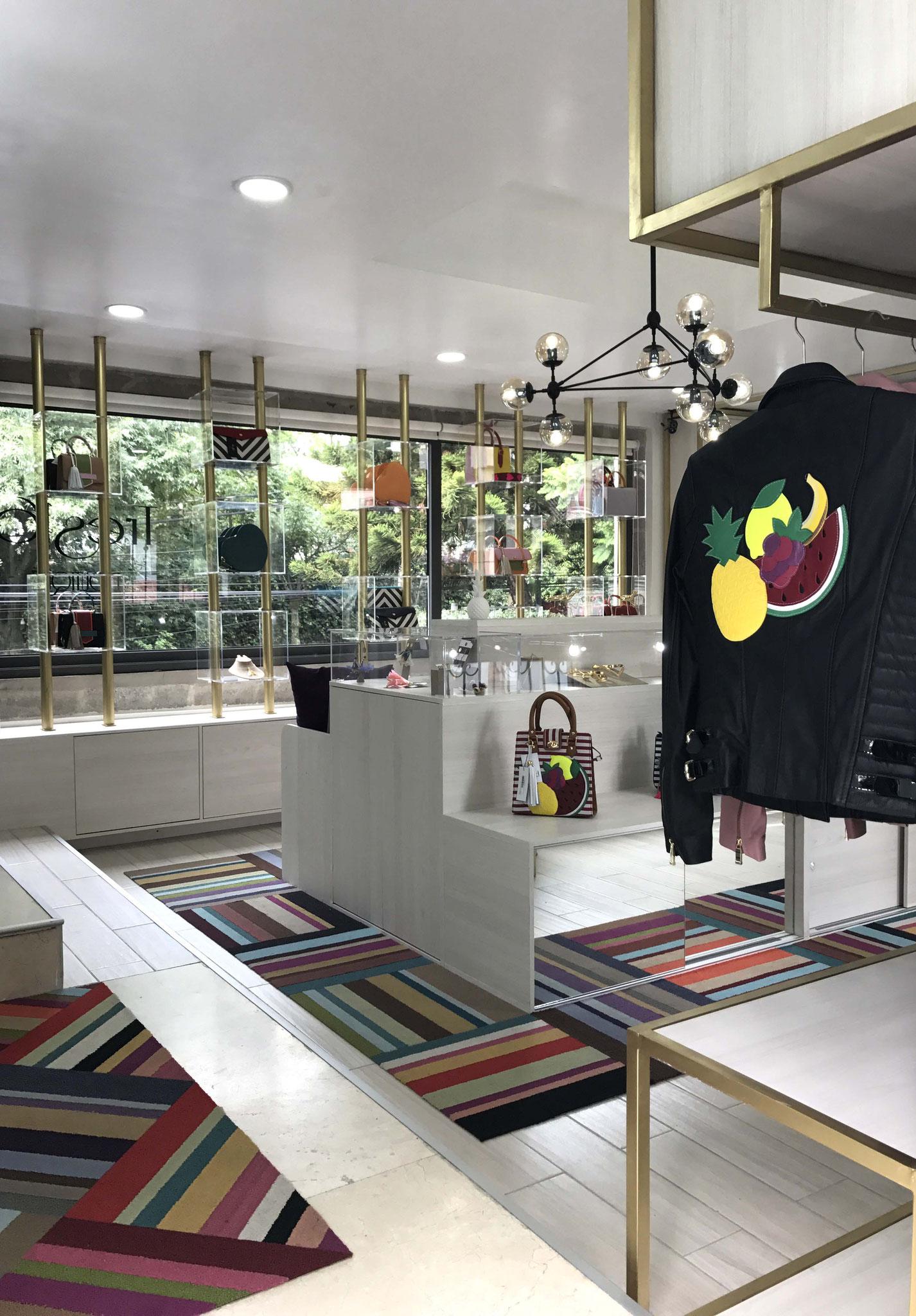 Con los colores y materiales adecuados se logra un lugar confortable y relajado, el ideal para un local comercial.