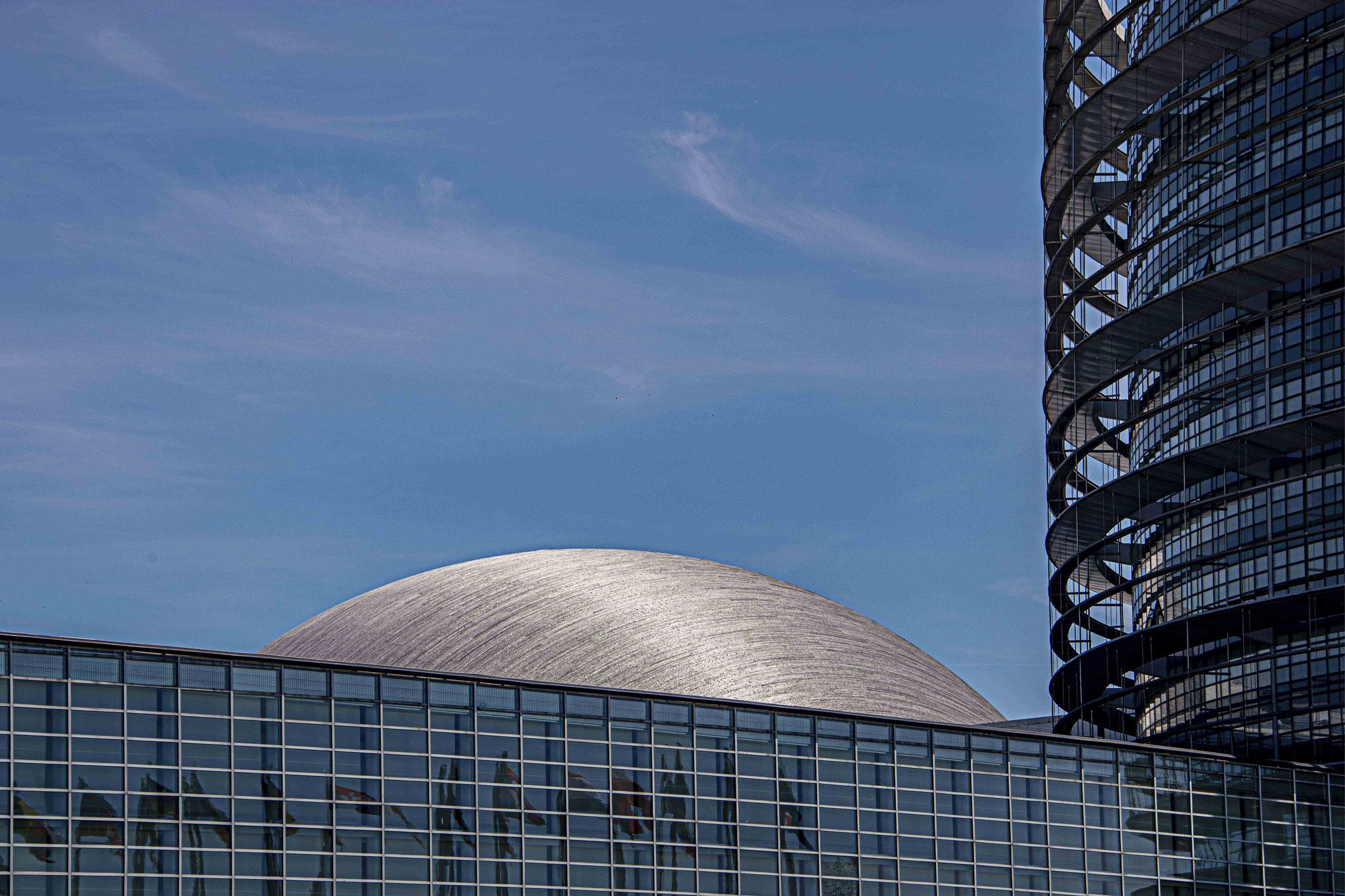 Jean-Louis BOURGIER - Le Parlement européen à Strasbourg