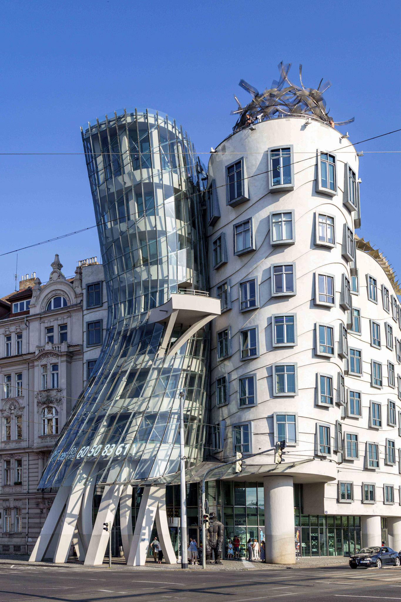 Joël MILLOT - La maison qui danse à Prague