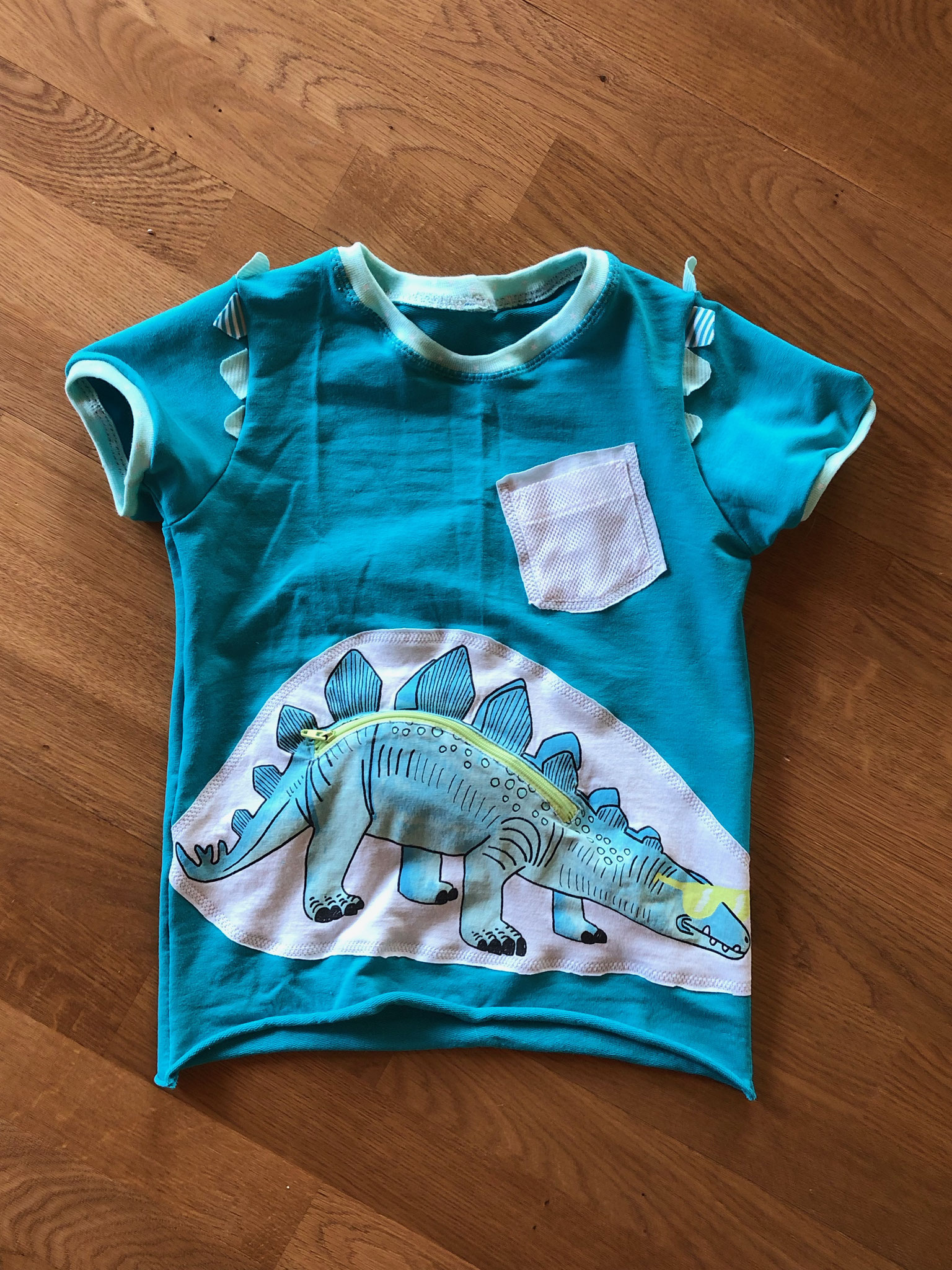 Dino - Shirt