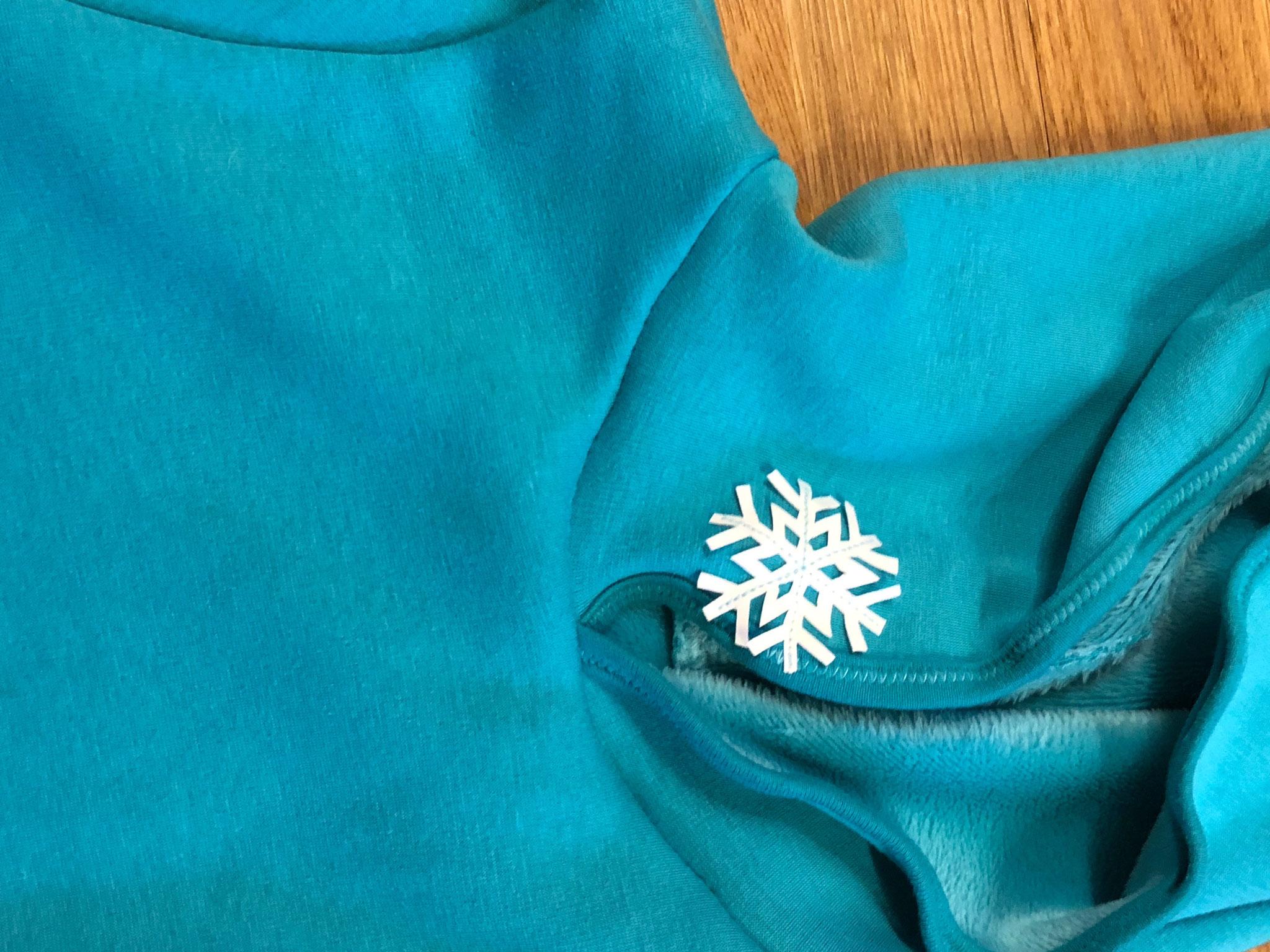 Sweater aus Alpenfleece mit Schneeflocken-Applikationen