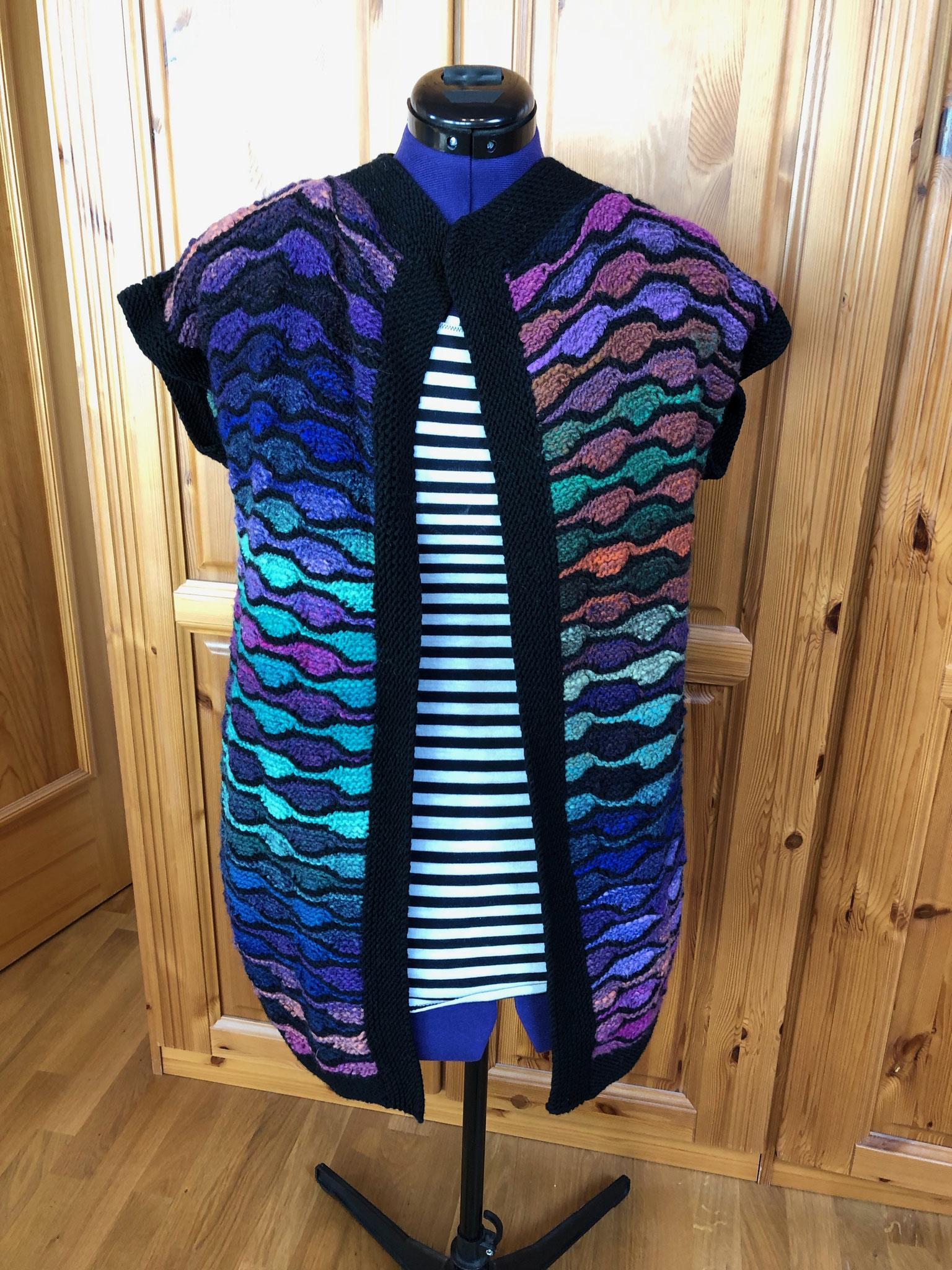 bunte Jacke gestrickt aus 100% Noro Merino Wolle