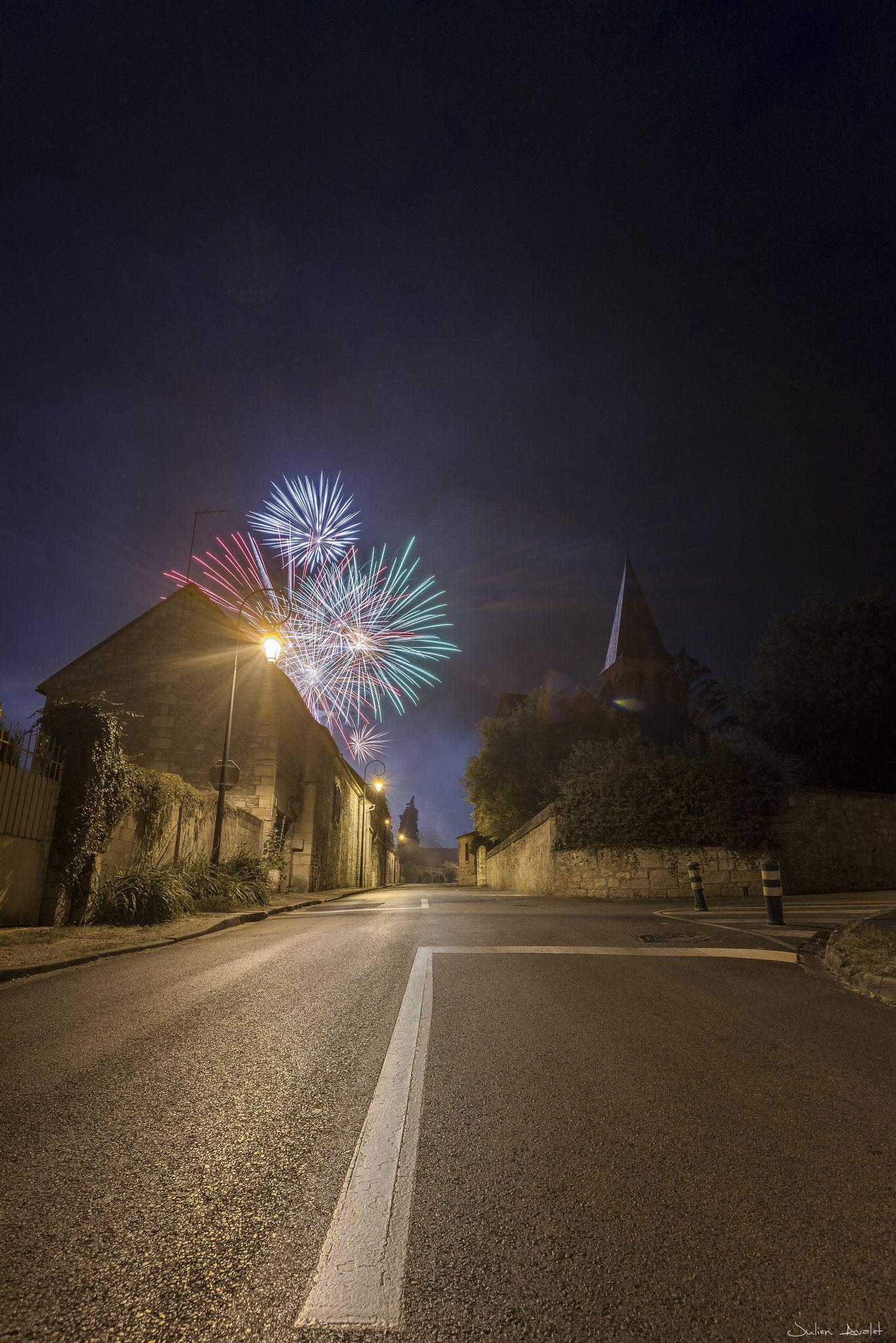 Feux d'artifice à Neuilly sous Clermont 60 (Oise) le 13 juillet 2018