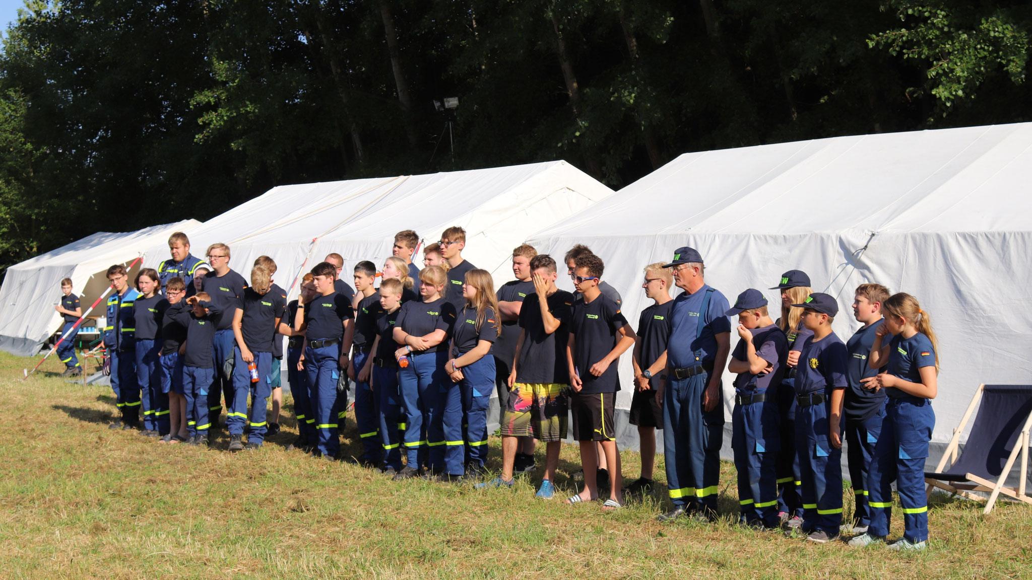 Junghelfer aus fünf THW-Ortsverbänden nahmen am Jugendcamp der Regionalstelle in Seelow teil.