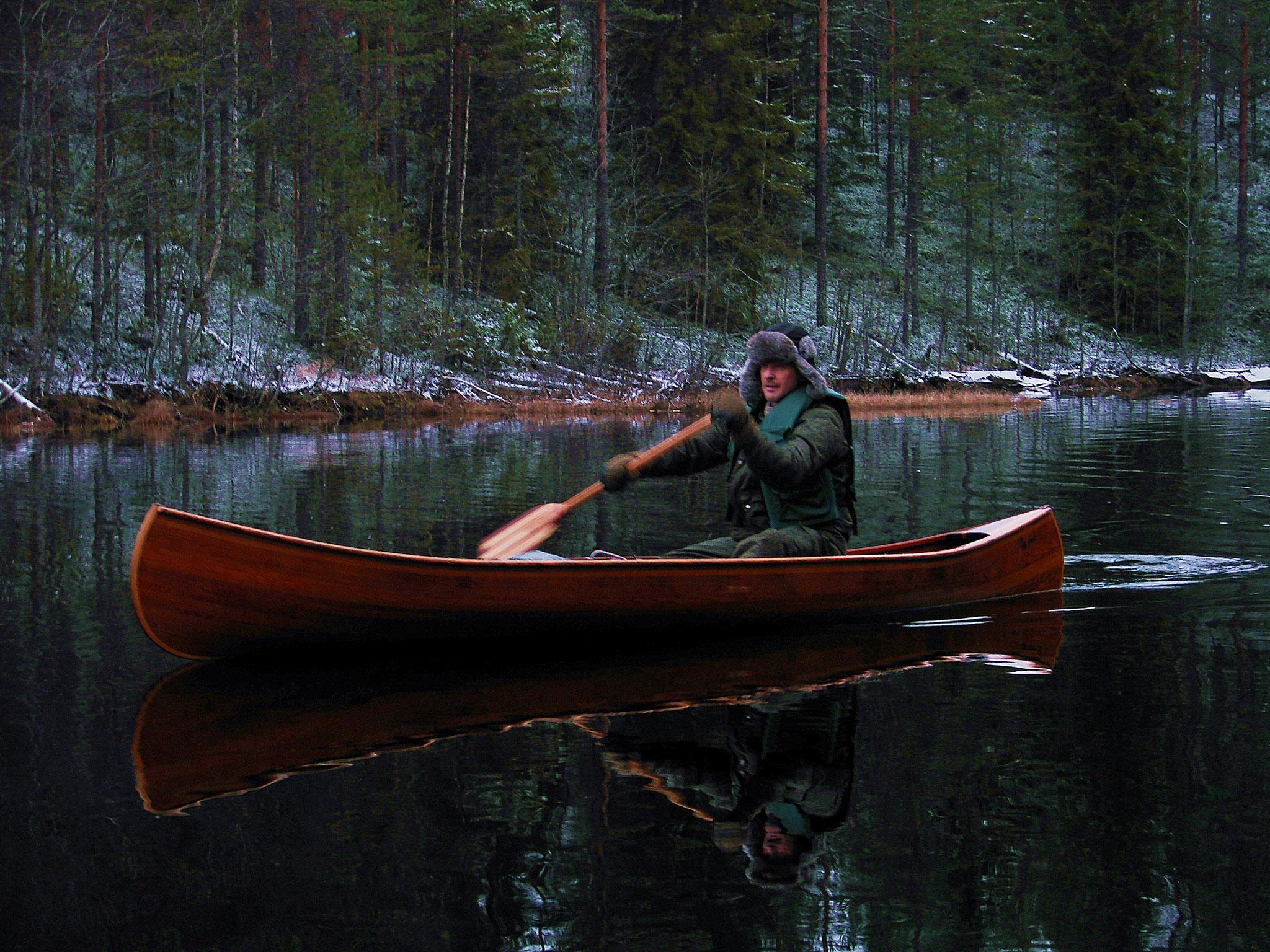 paddling on Rottnan