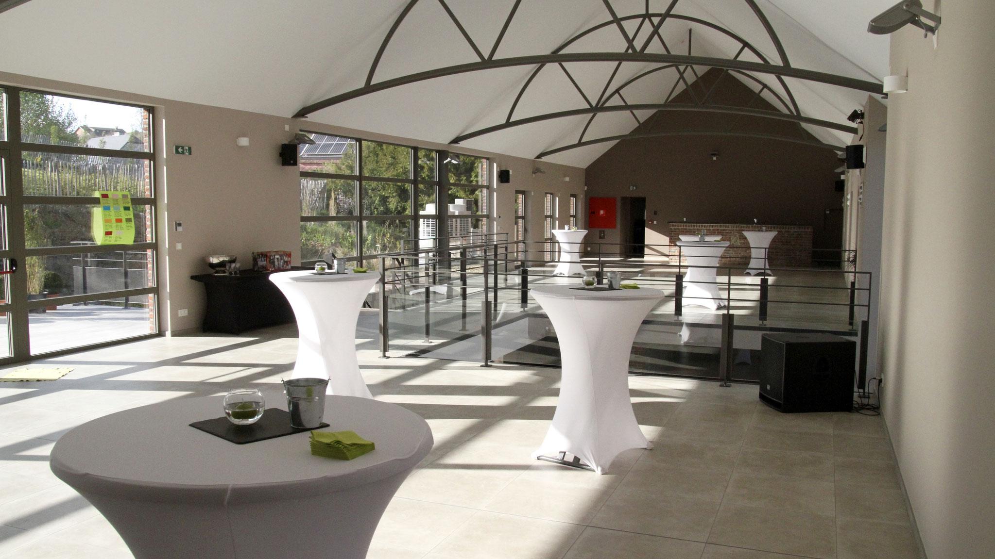 Salles de fêtes sur deux niveaux au sud de Charleroi