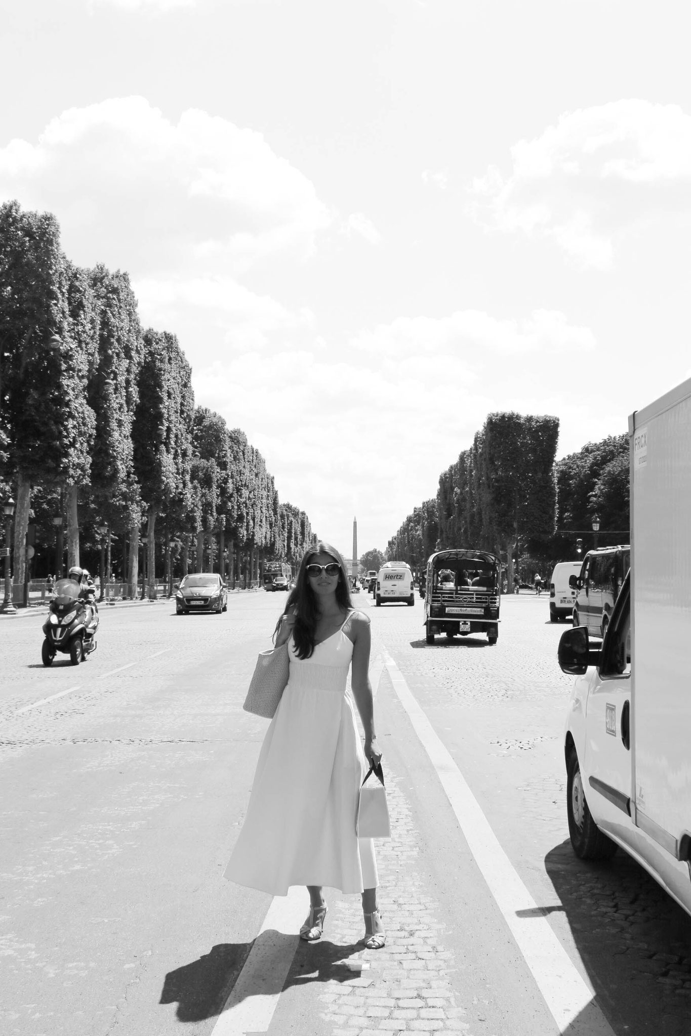 White Dress Paris Champs Elysees, Carmen Schubert