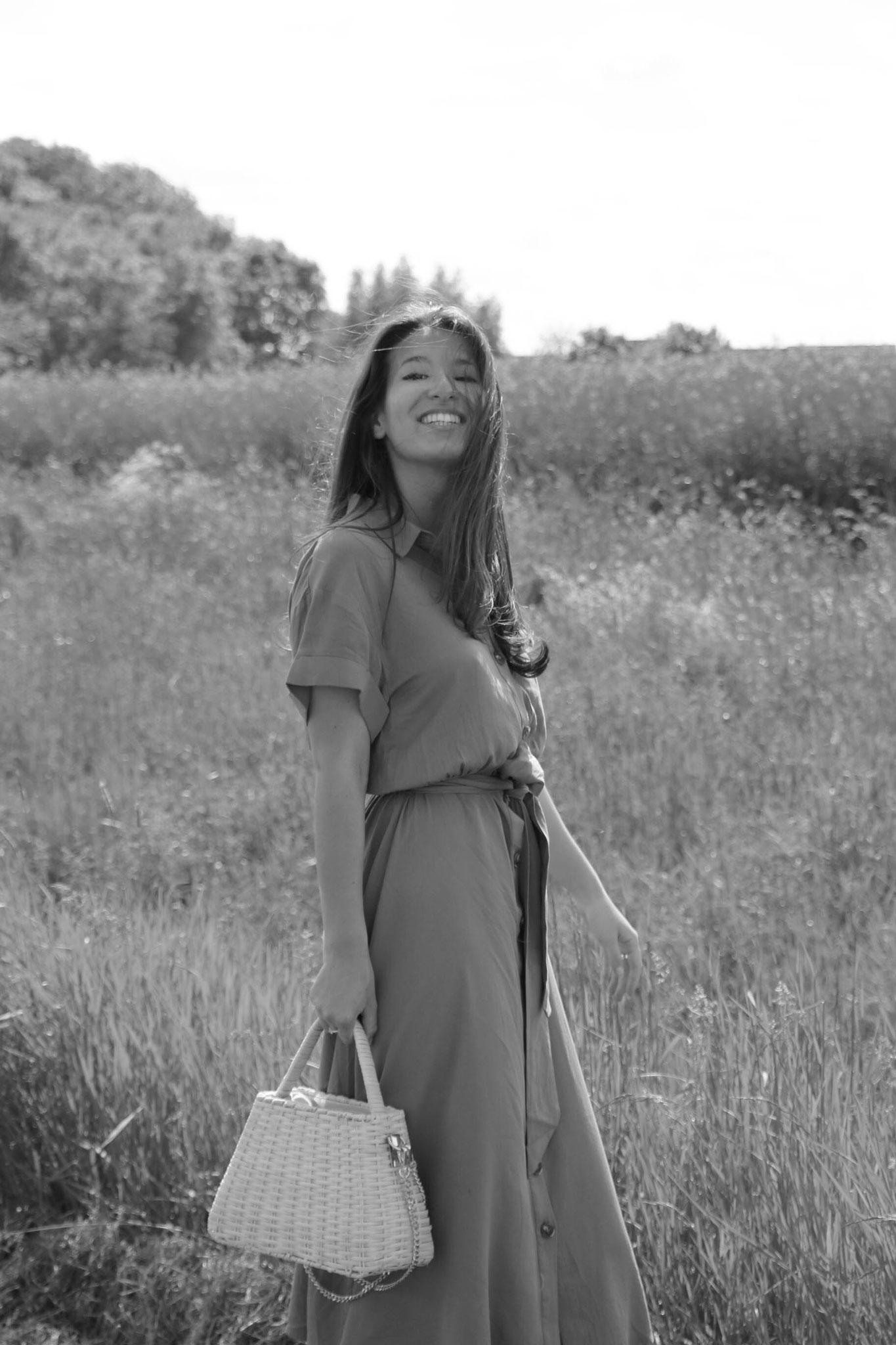 Khaki Summerdress, Carmen Schubert