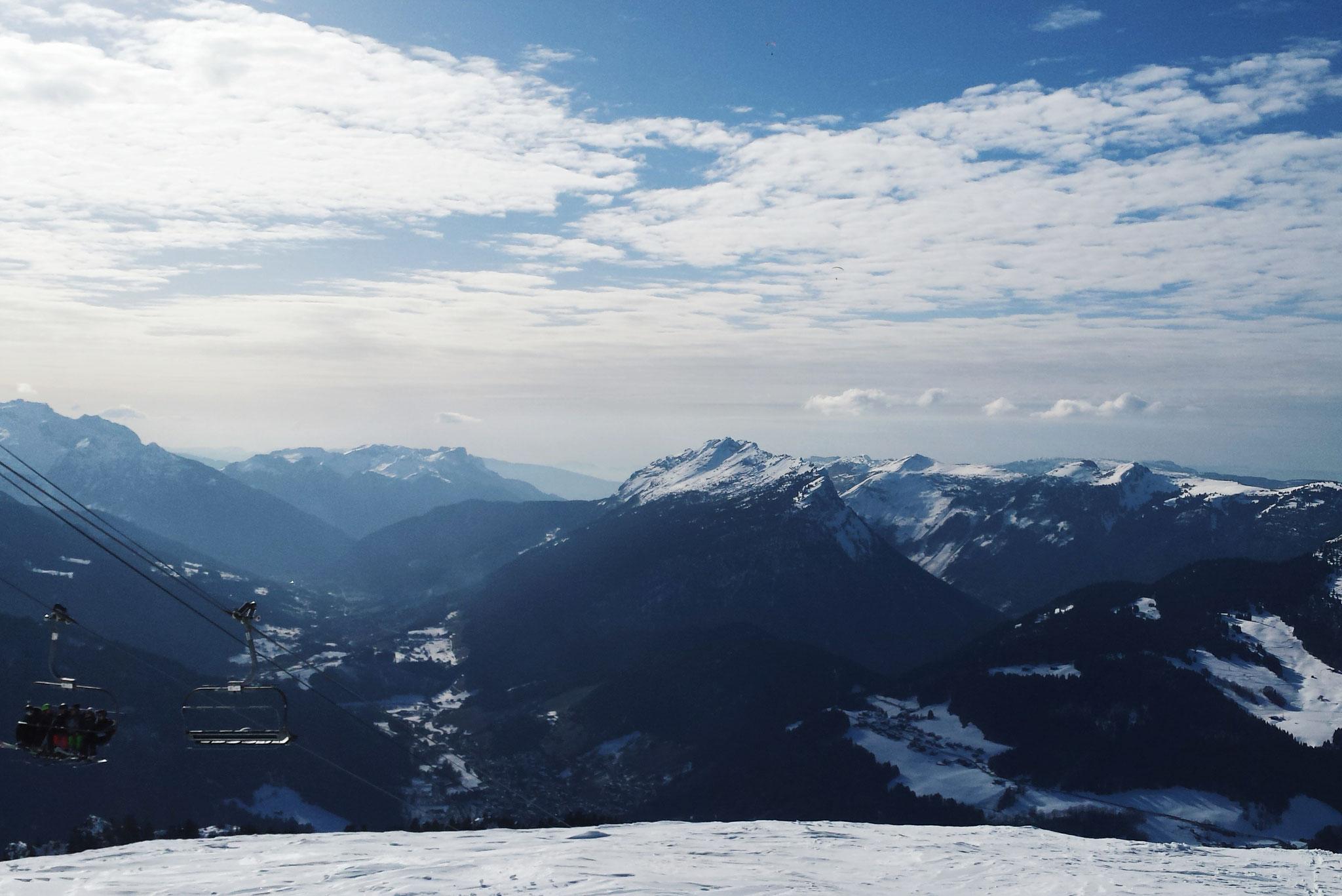 Travleblog, France Ski Mountains Alpes, Carmen Schubert