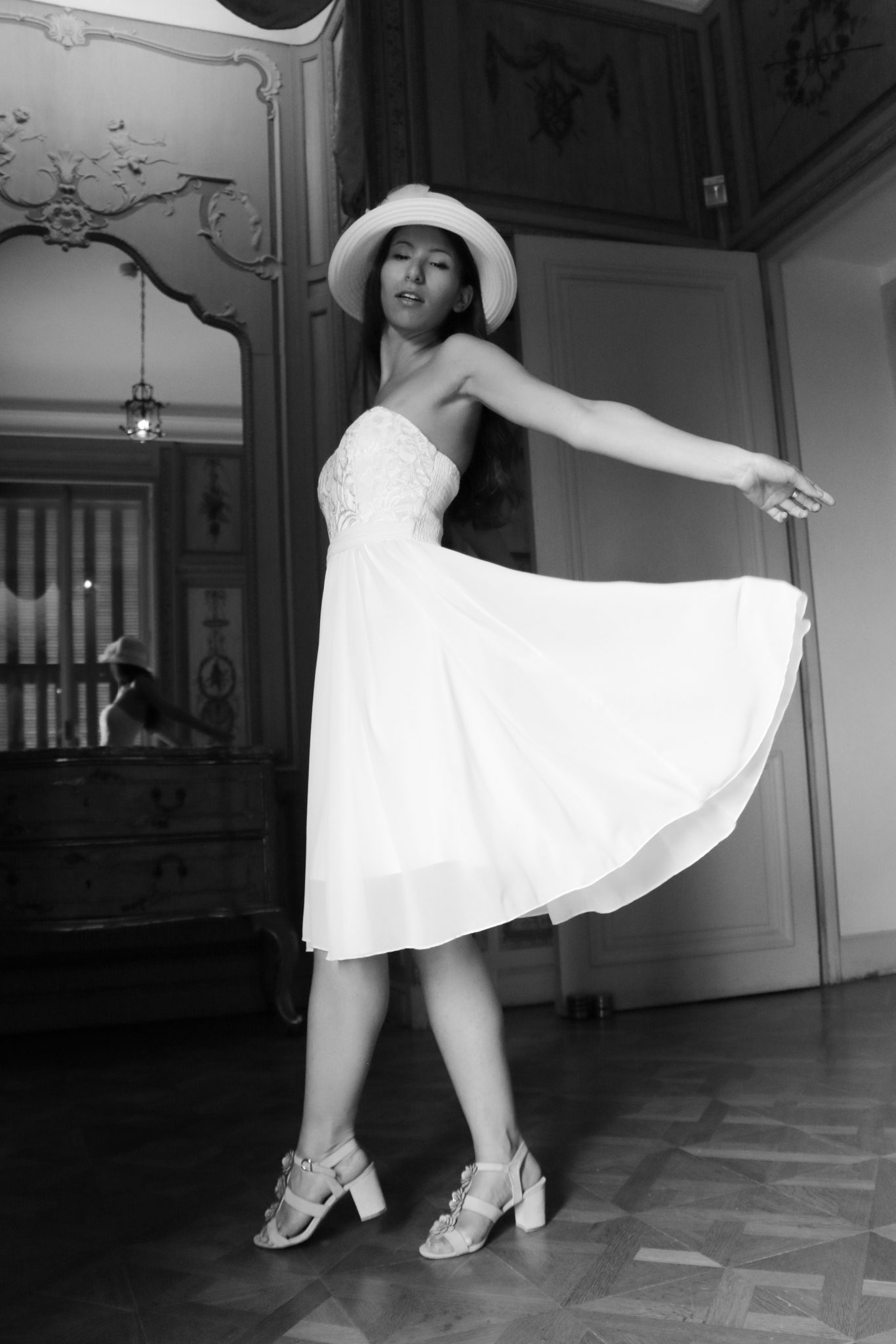 White Dress, Carmen Schubert
