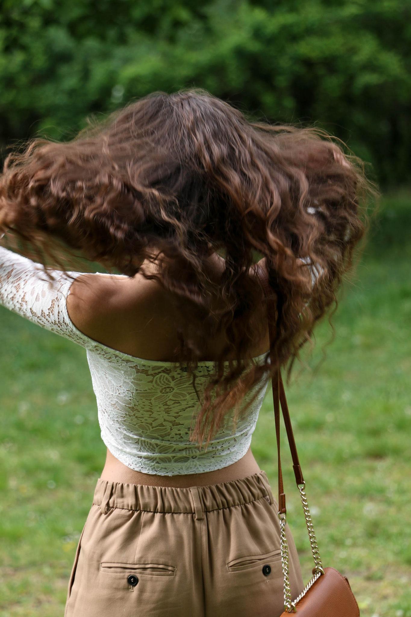 Crop Top, Spring Outfit, Curly Hair, Carmen Schubert