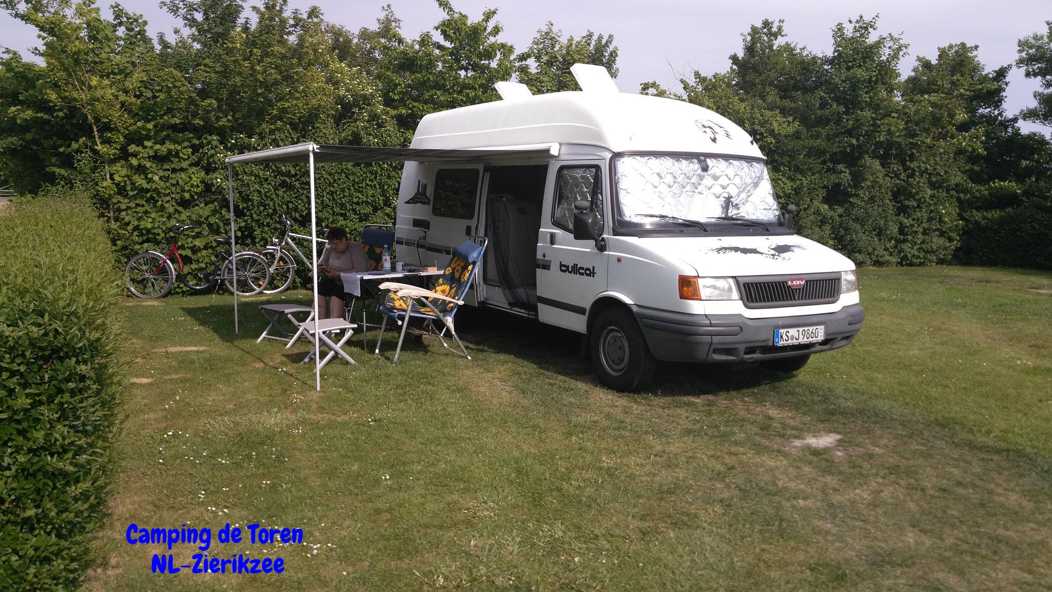 "Unser Stellplatz auf dem Minicamping ""de Toren"""